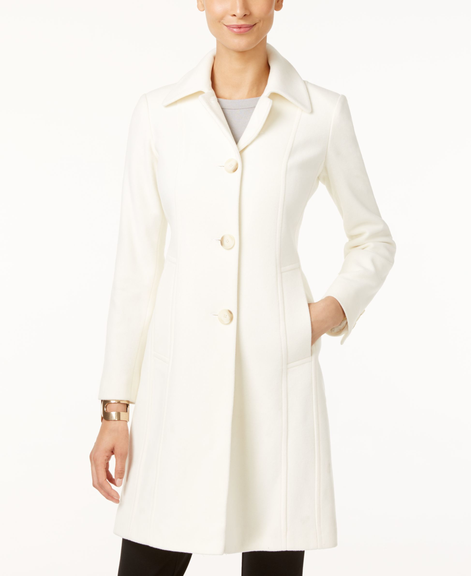 3/4-Length Wool-Blend Coat: This classic coat is sure to handle whatever the weather brings your way. Our single-breasted, button-front coat is warm and seamed for a sophisticated shape. Our single-breasted, button-front coat is warm and seamed for a sophisticated shape.