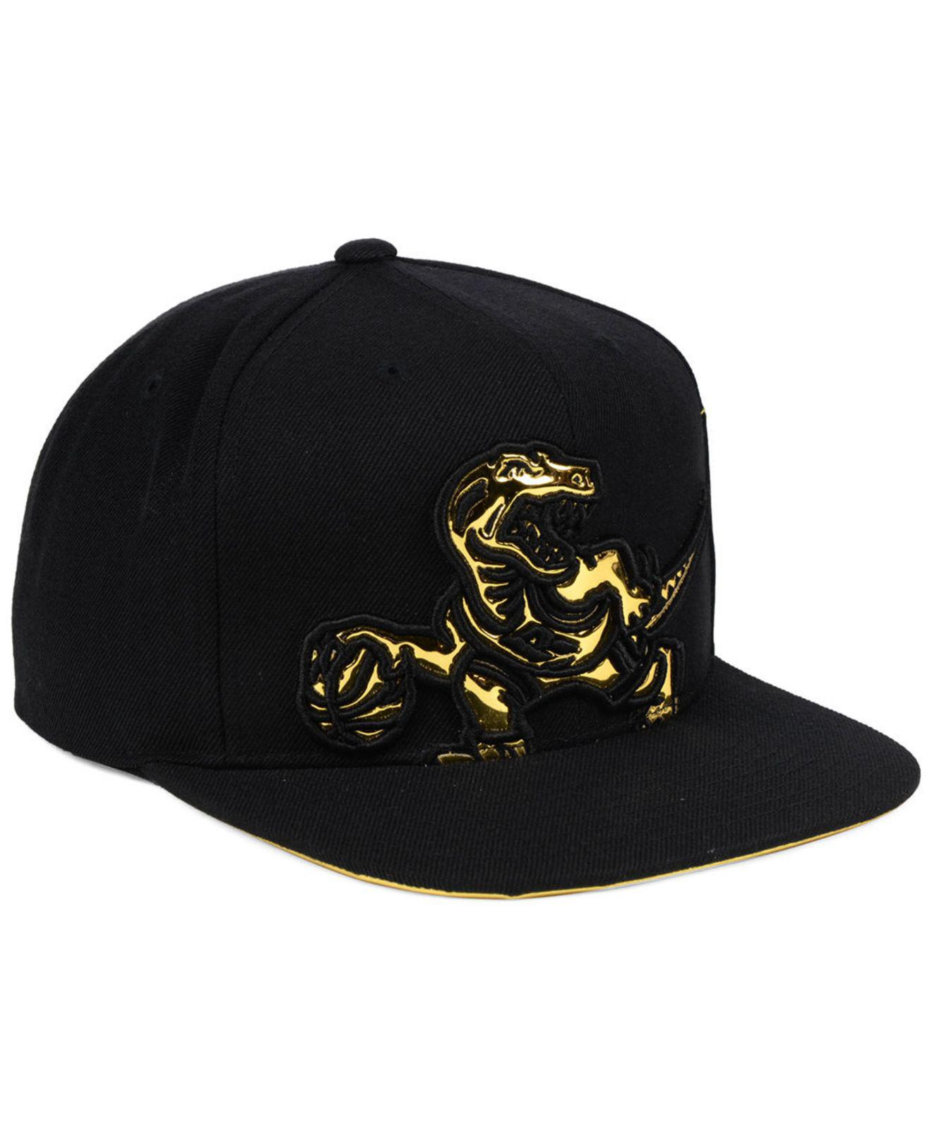 separation shoes 7d575 4a74a ... canada lyst mitchell ness toronto raptors patent cropped snapback cap  05ef8 c20a1