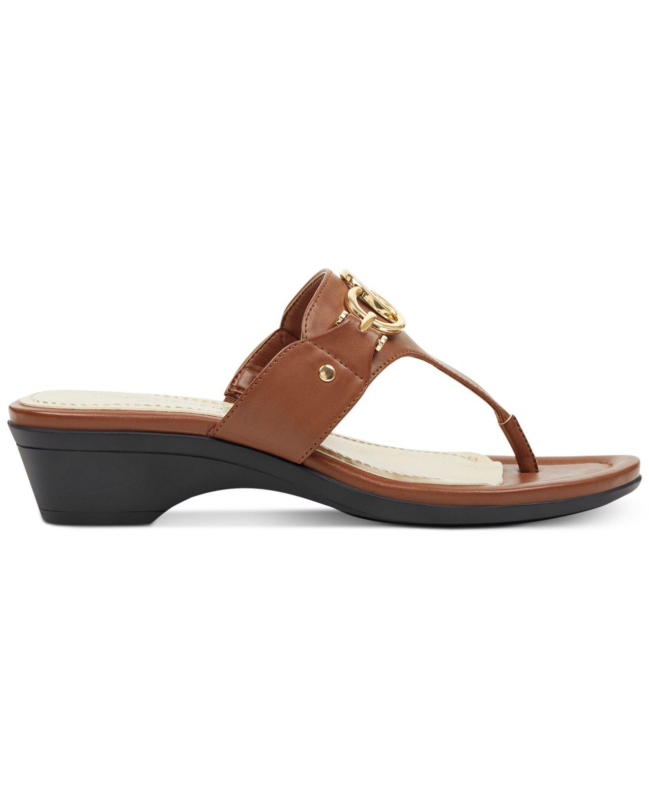 bdfc8df937d876 Lyst - Marc Fisher Ariana Thong Sandals in Brown