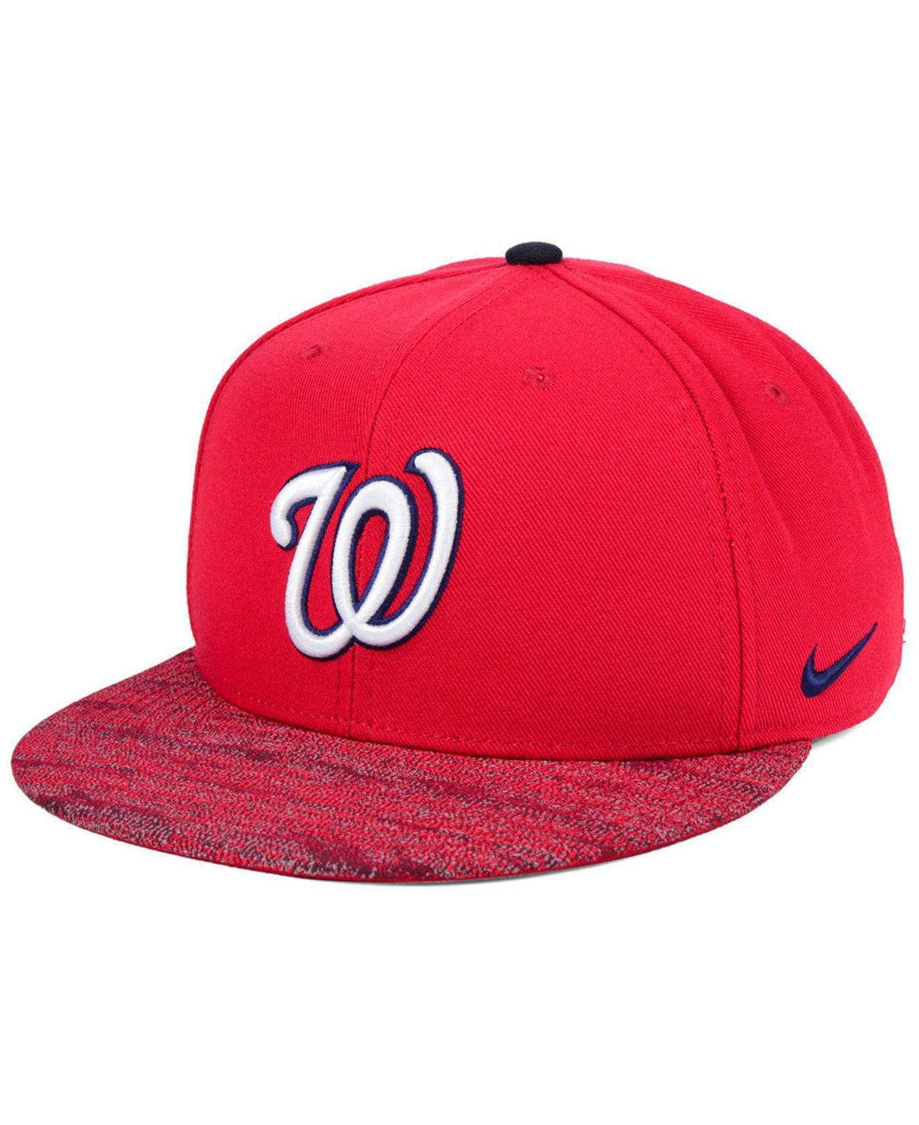 hot sales d913d c55a3 Nike. Men s Red Washington Nationals Reverse New Day Snapback Cap