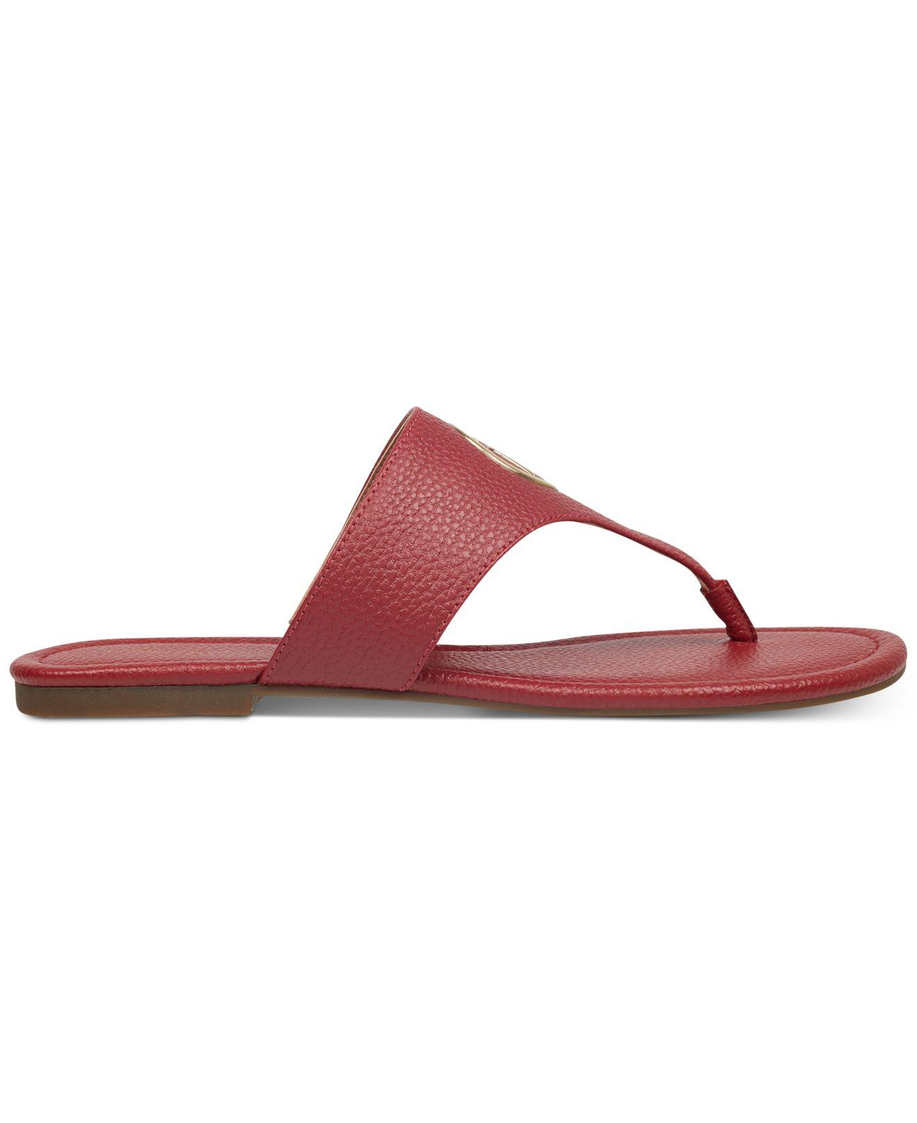 aaf8d7dff7b Lyst - Tommy Hilfiger Sinder Flat Sandals in Red