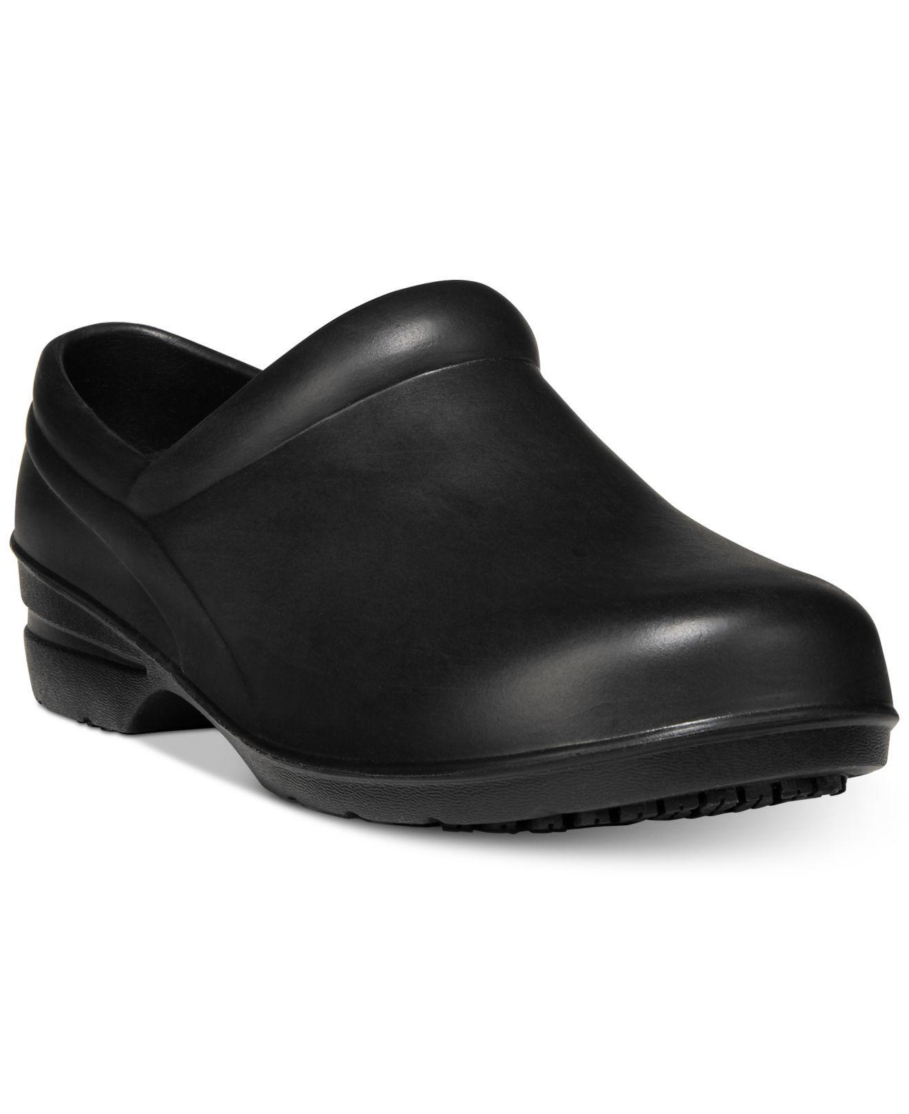 Easy Street Easy Works by Kris Slip-Resistant Clogs Women's Shoes