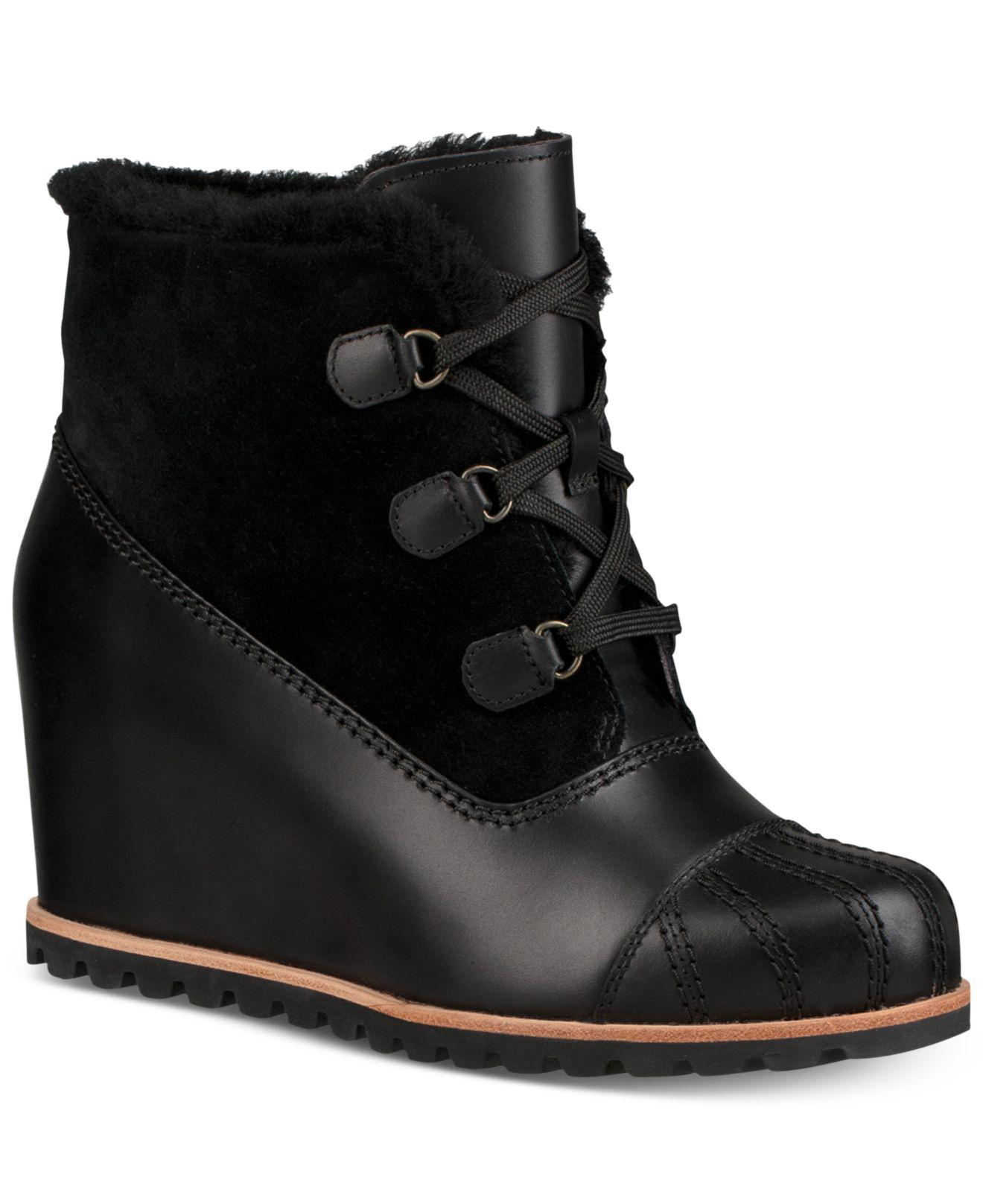 8db5c4f1da2 Lyst - UGG Alasdair Wedge Ankle Booties in Black