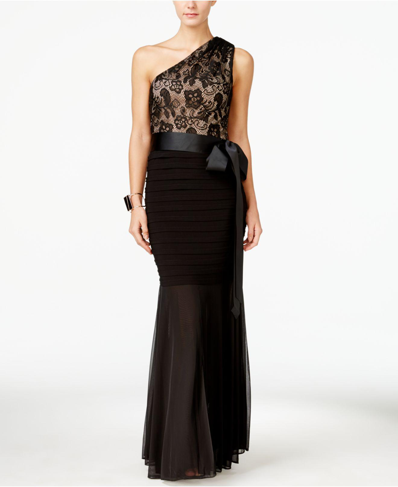 Lyst - Betsy & Adam Lace One-shoulder Mermaid Gown in Black