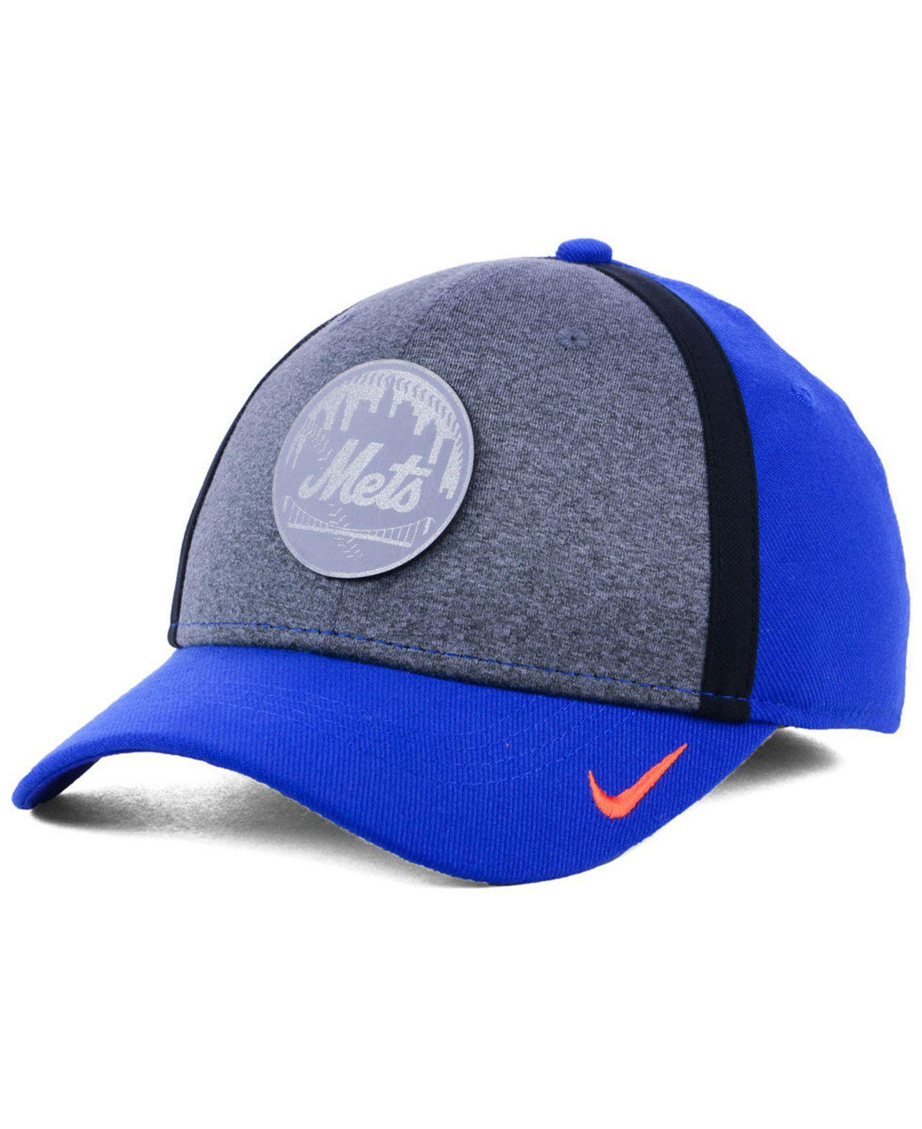 new style 560d2 ddd2b Nike. Men s Blue New York Mets Team Color Reflective Swooshflex Cap