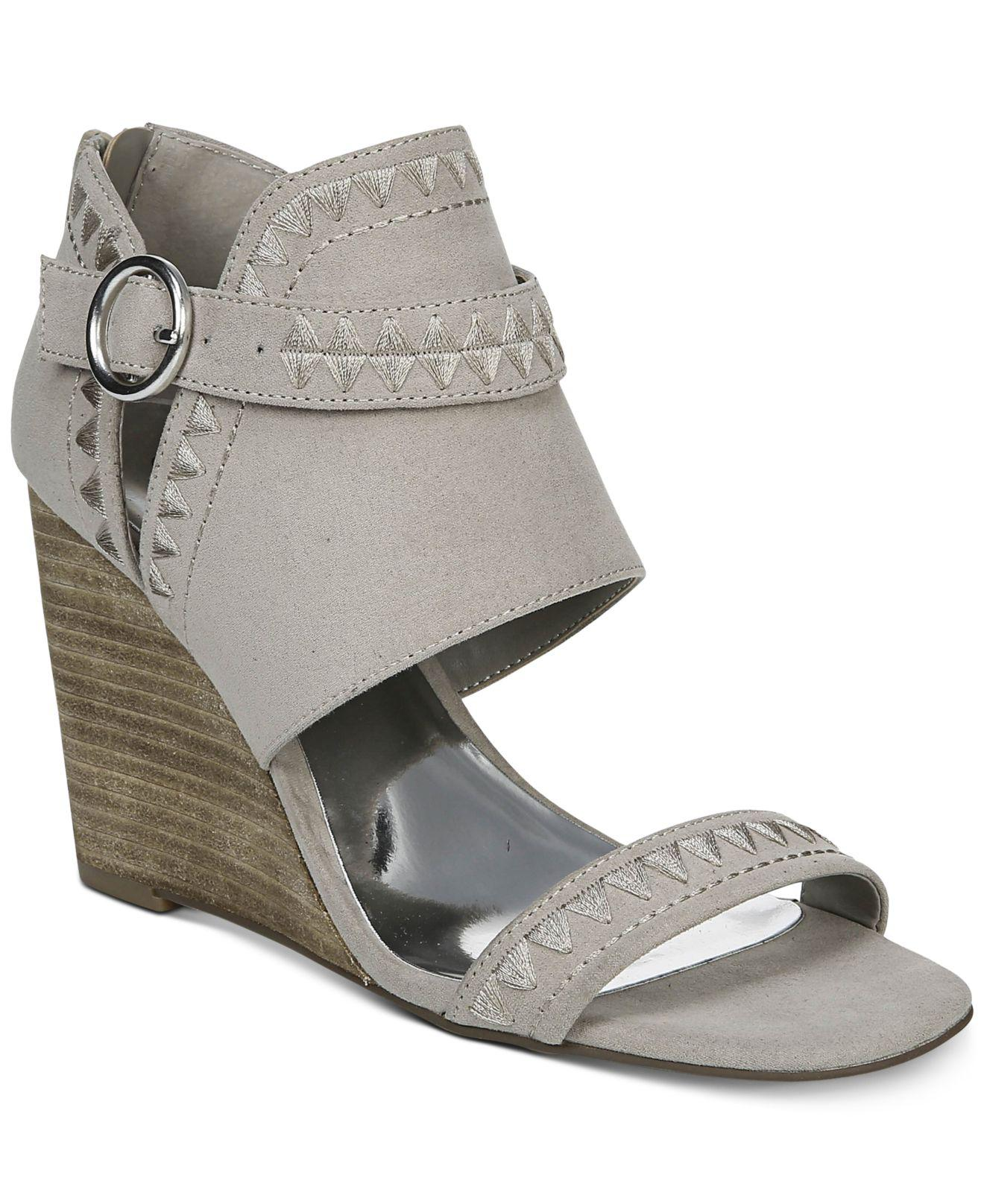 22038465932 Carlos By Carlos Santana. Women s Gadot Wedge Sandals