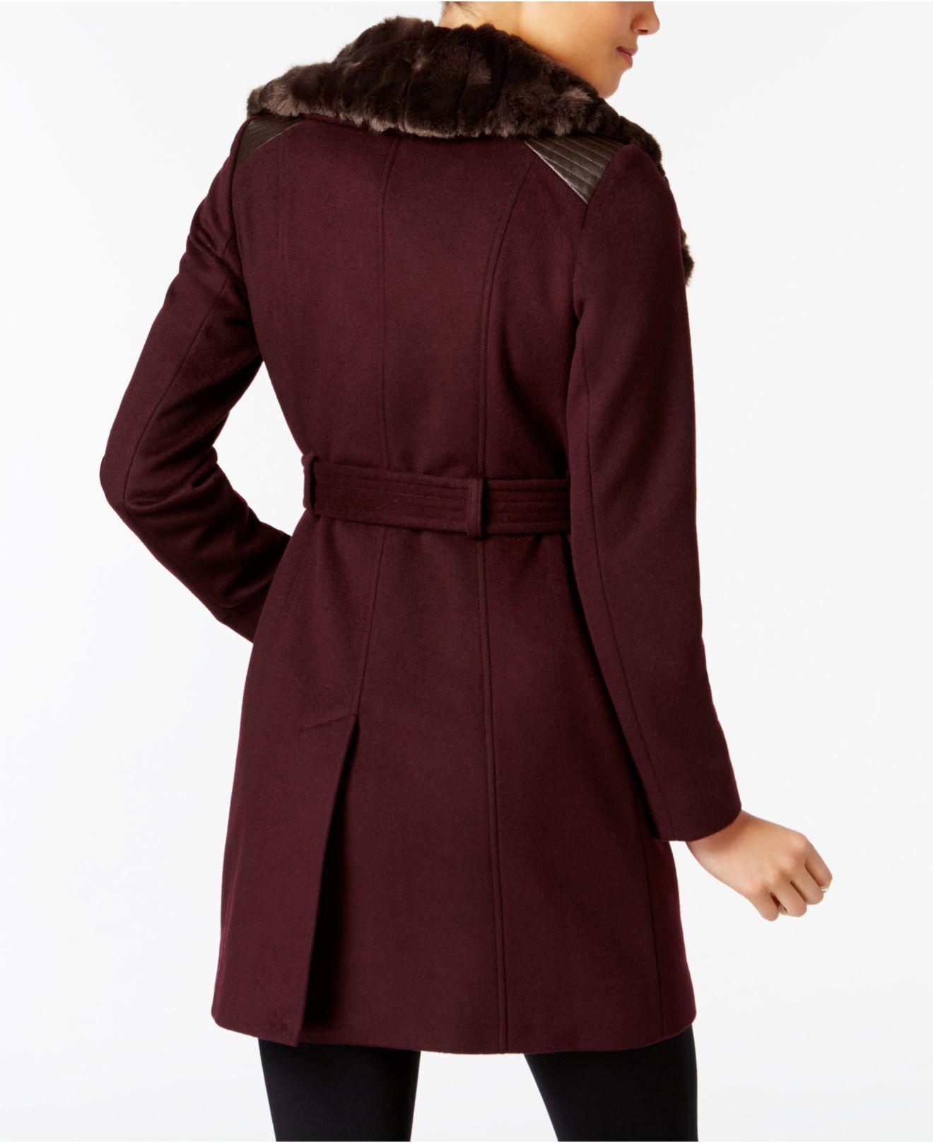 c5eae4cbfb0 Lyst - Via Spiga Kate Faux-fur-collar Mixed-media Coat in Black - Save 50%