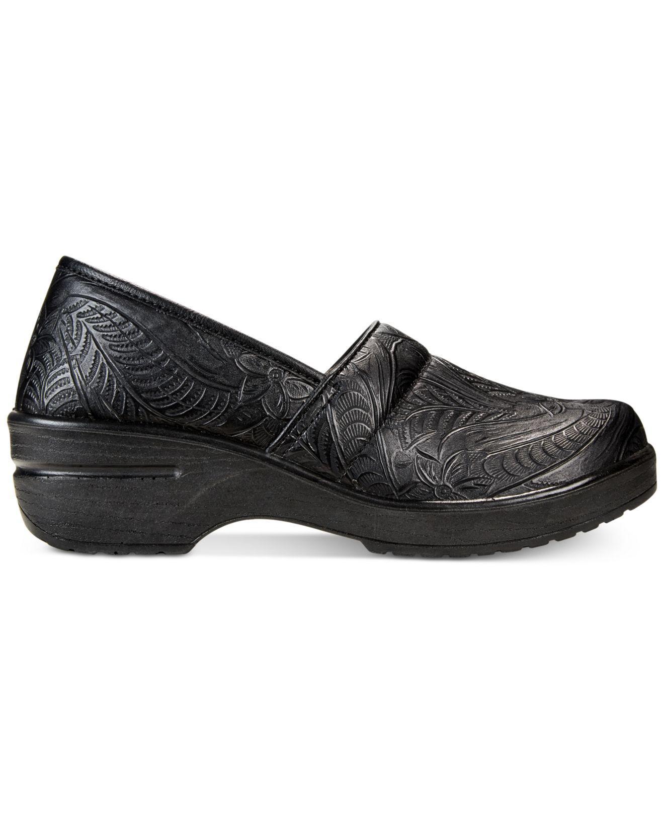 83fd596b1ae5 Lyst - Easy Street Lyndee Slip-on Clogs in Black