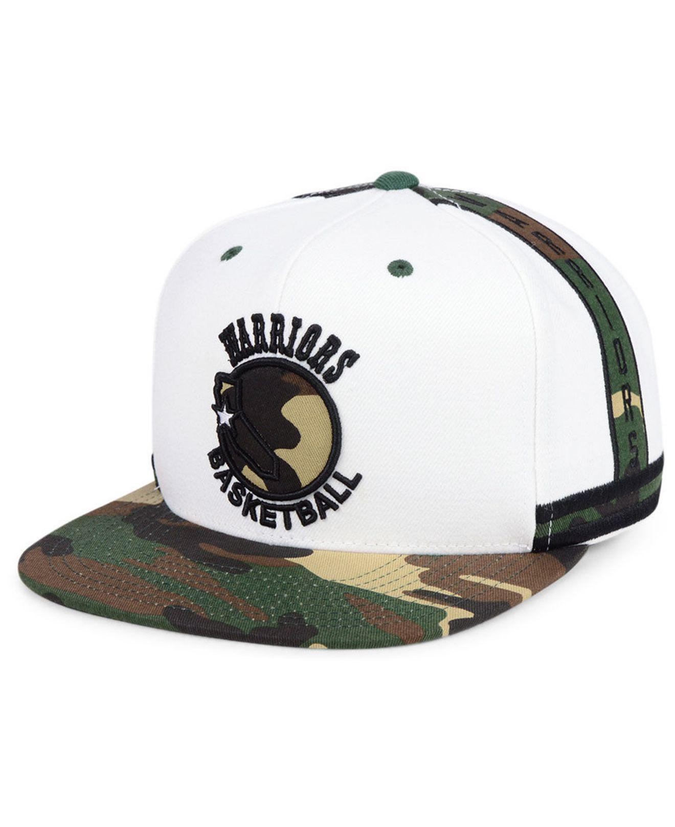 7a13d272935 Mitchell   Ness. Men s White Golden State Warriors Straight Fire Camo Hook  Snapback Cap