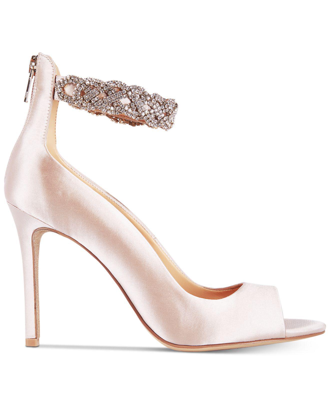 af736aabcc8 Badgley Mischka Alanis Shoes - Lyst