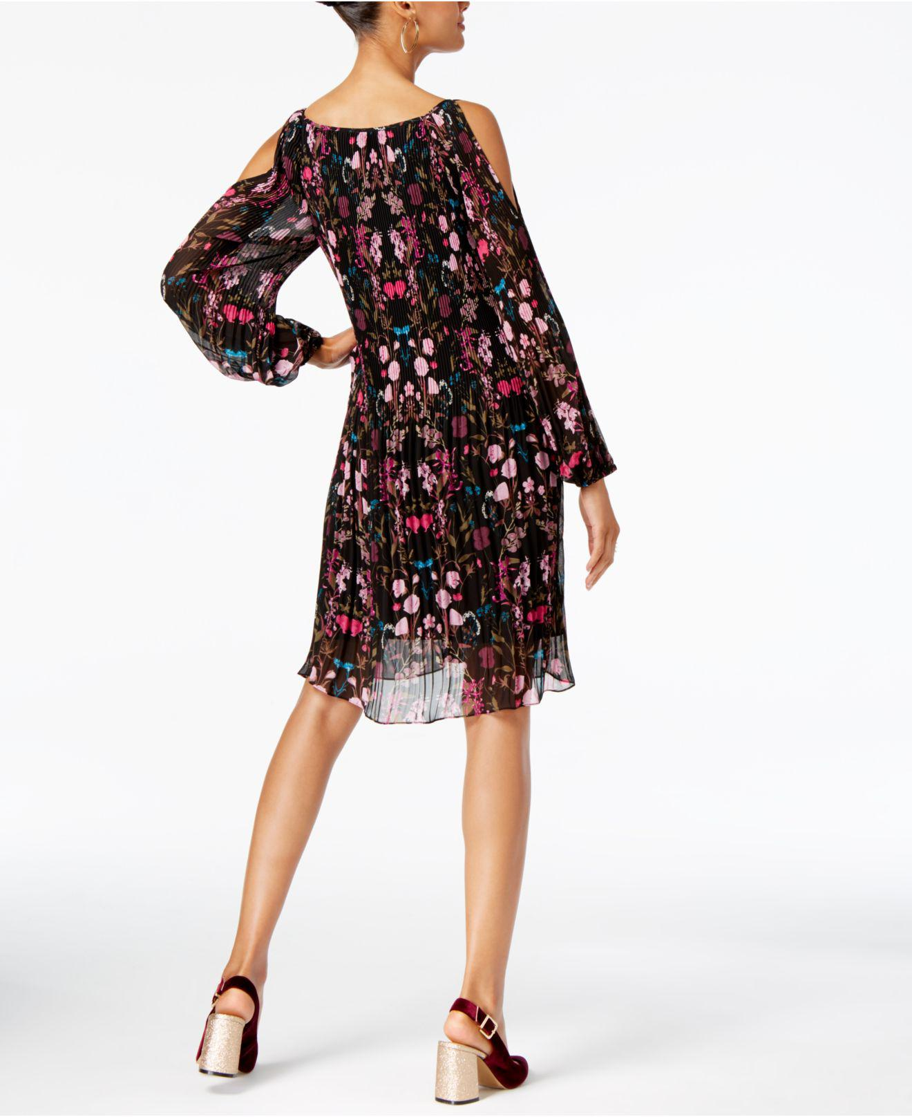Macy's - FREE Shipping at bestgfilegj.gq Macy's has the latest fashion brands on Women's and Men's Clothing, Accessories, Jewelry, Beauty, Shoes and Home Products.