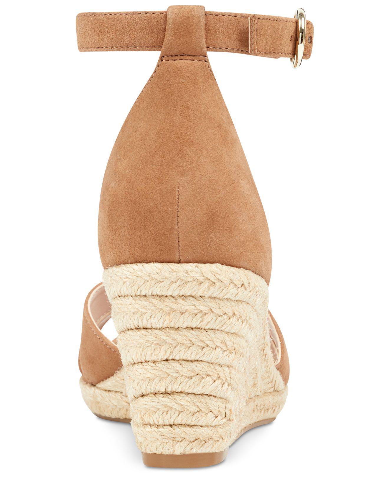 f4c2498462 Nine West Jeranna Wedge Sandals in Natural - Lyst