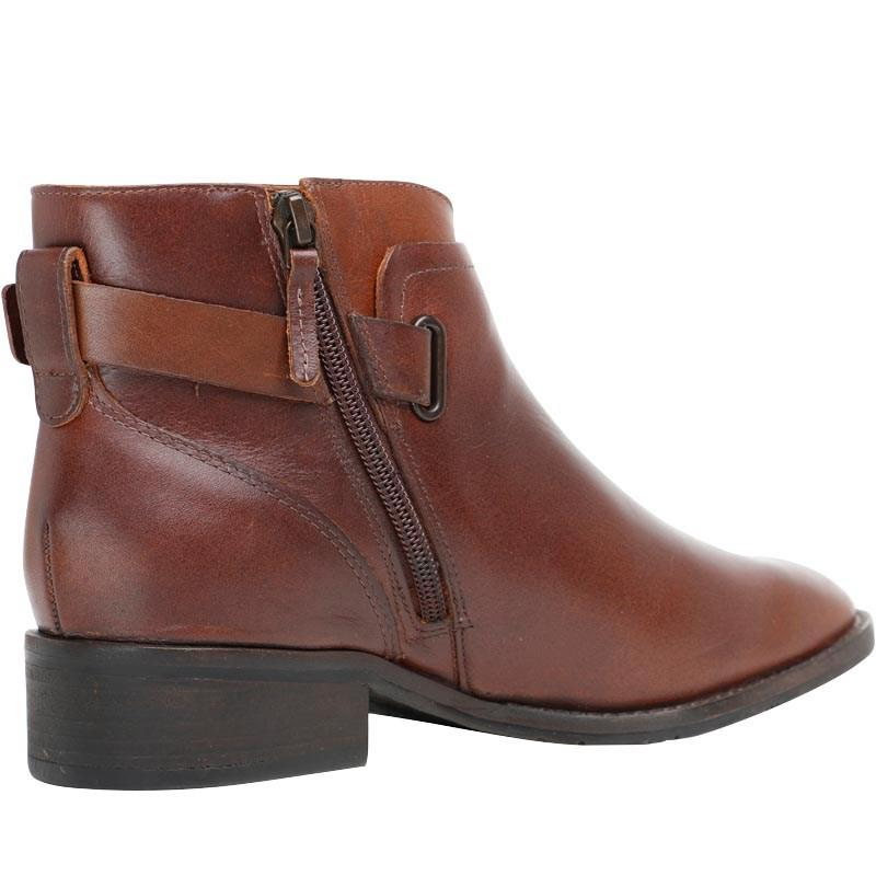 1b3a351a535 UGG Barnett Boots Chestnut in Brown - Lyst