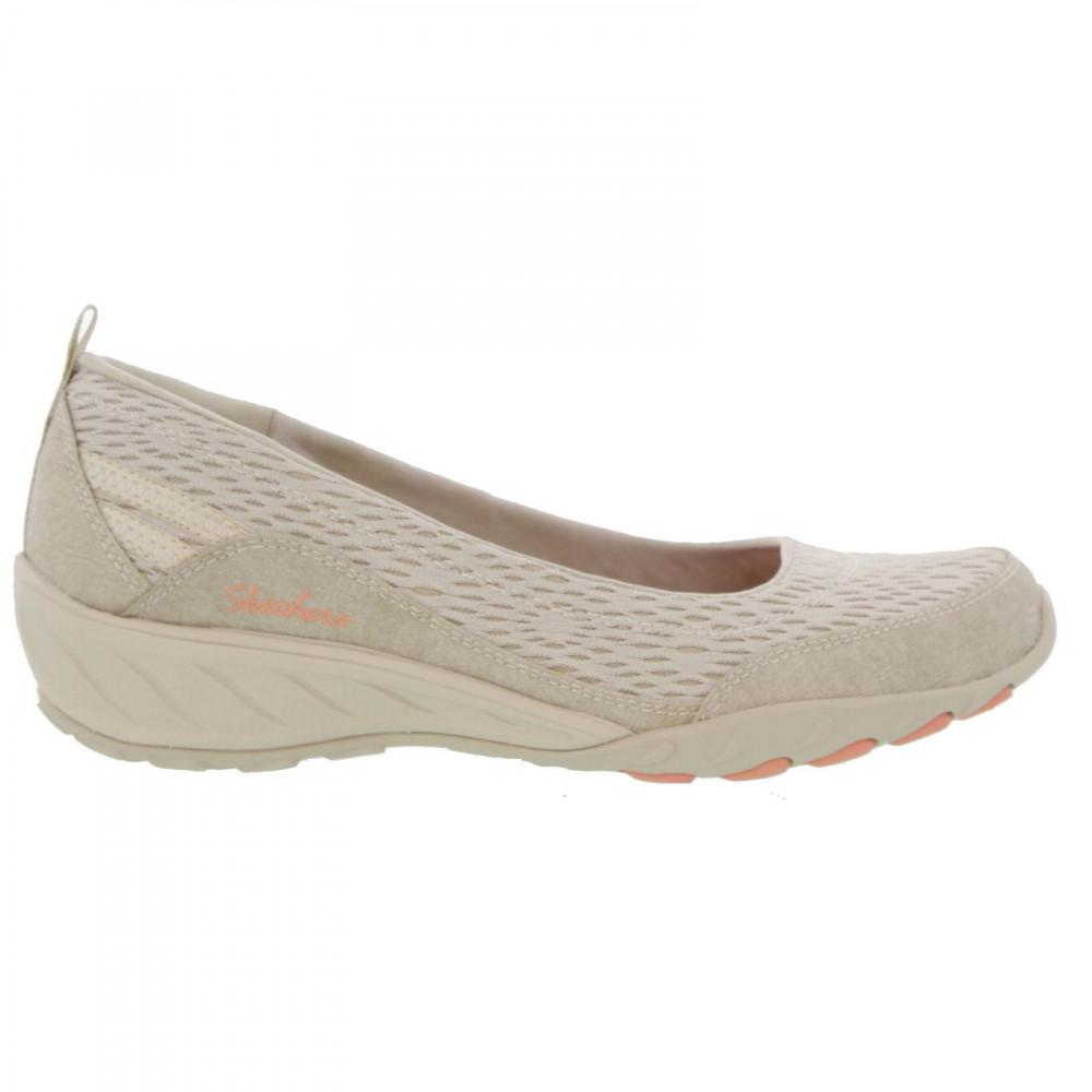 ca7695150b65 Skechers - Natural Relaxed Fit Savvy Winsome Slip On Wedge Pumps - Lyst.  View fullscreen