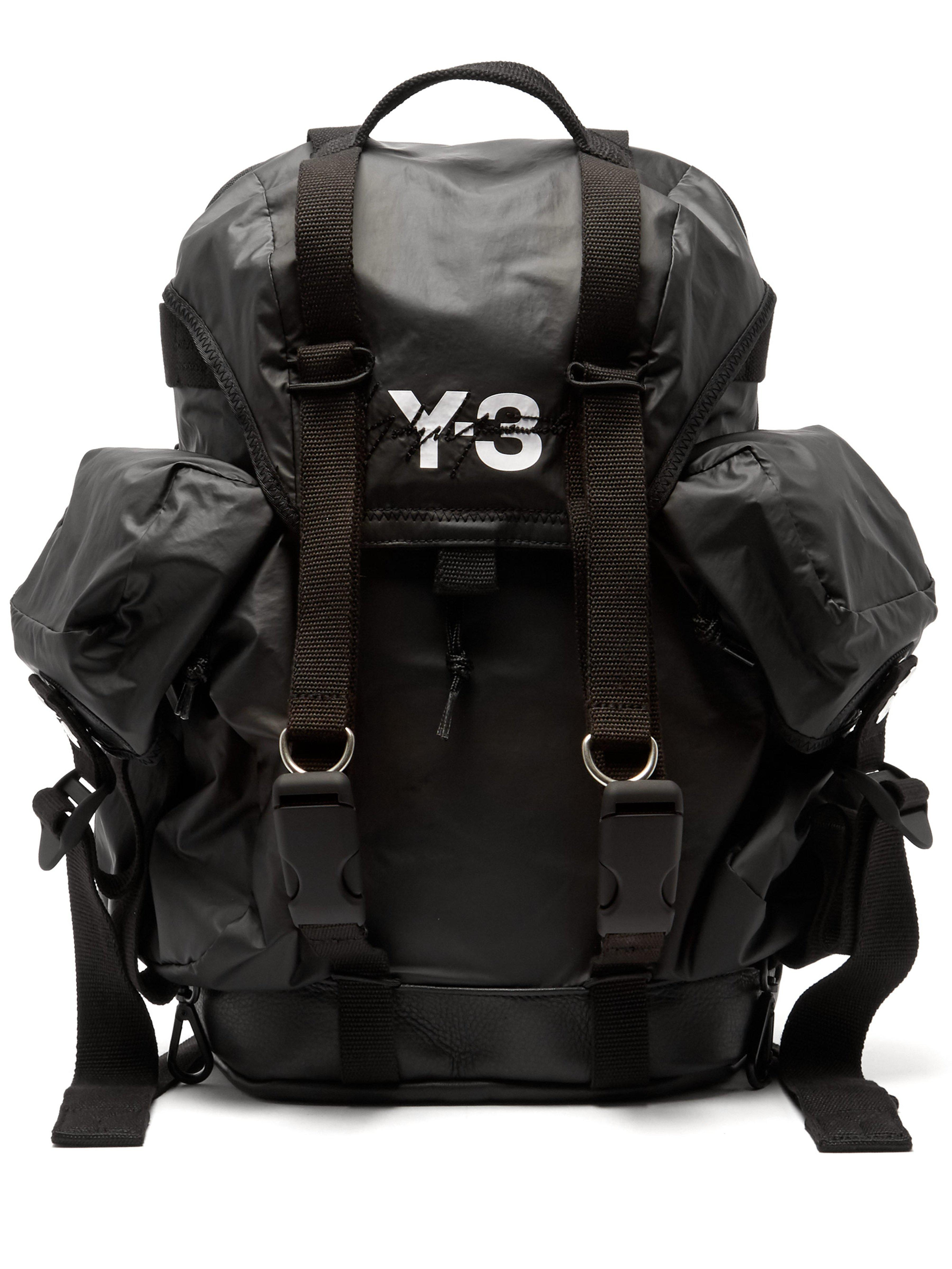 7e4e6ead5eb4 Y-3 Xs Utility Logo Print Backpack in Black for Men - Save 5% - Lyst
