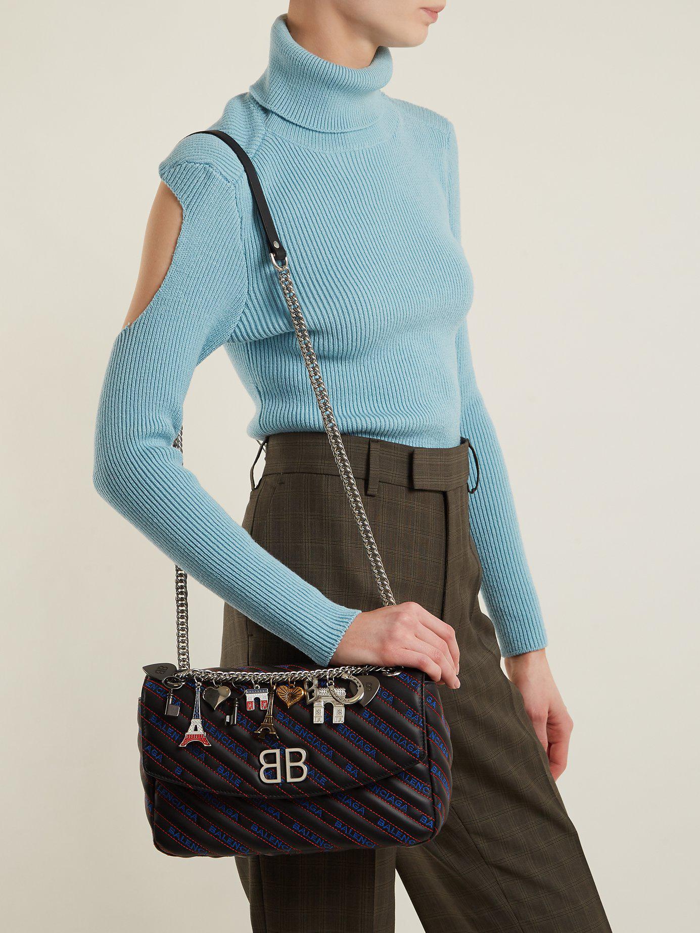 bacd16ed44a219 Balenciaga Bb Round M Bag in Black - Lyst