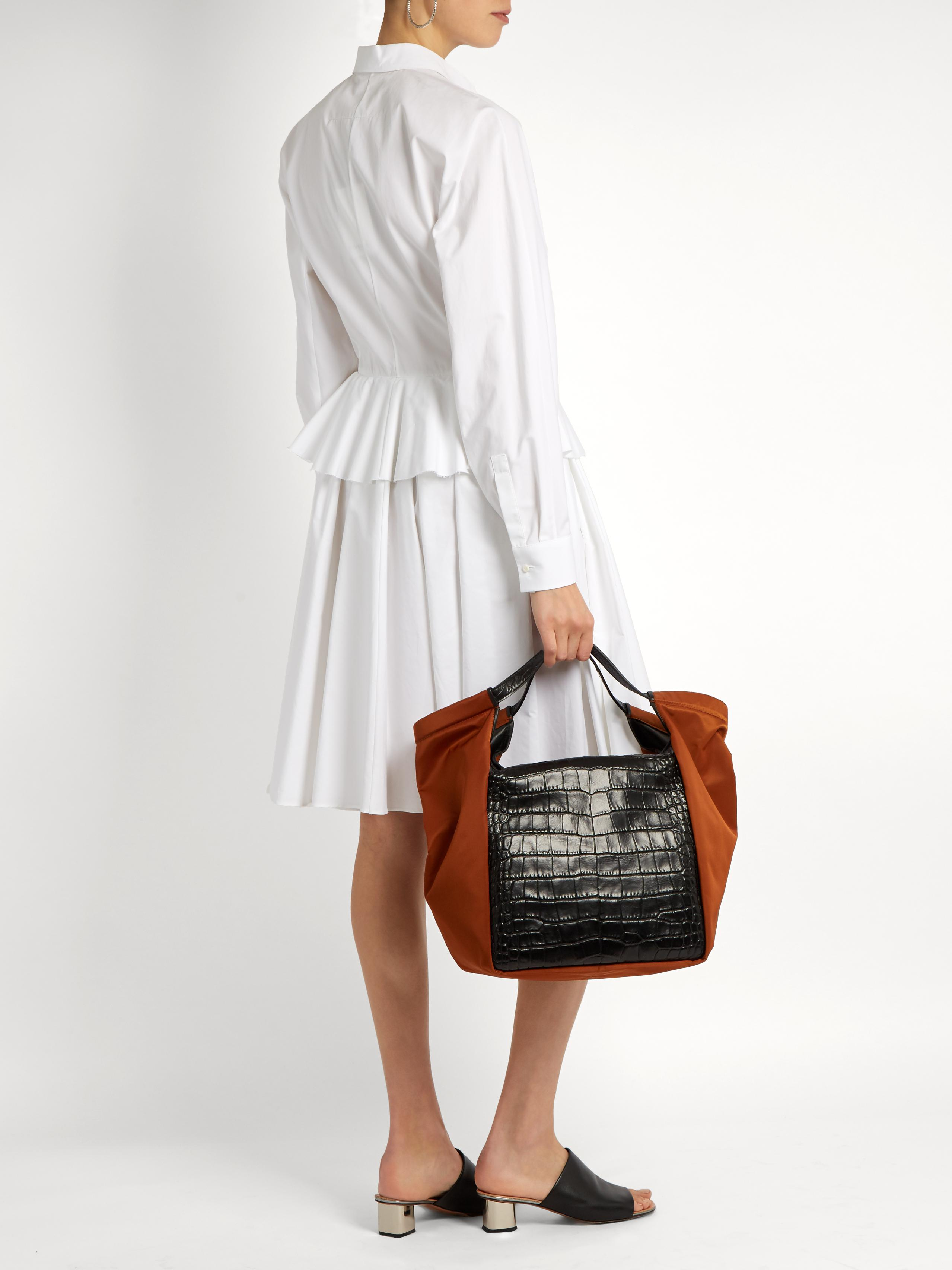 02e5edac68 Gallery. Previously sold at: MATCHESFASHION.COM · Women's Trapeze Bags