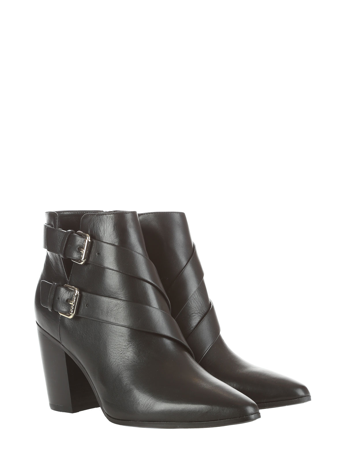 guess ankle boot in black lyst