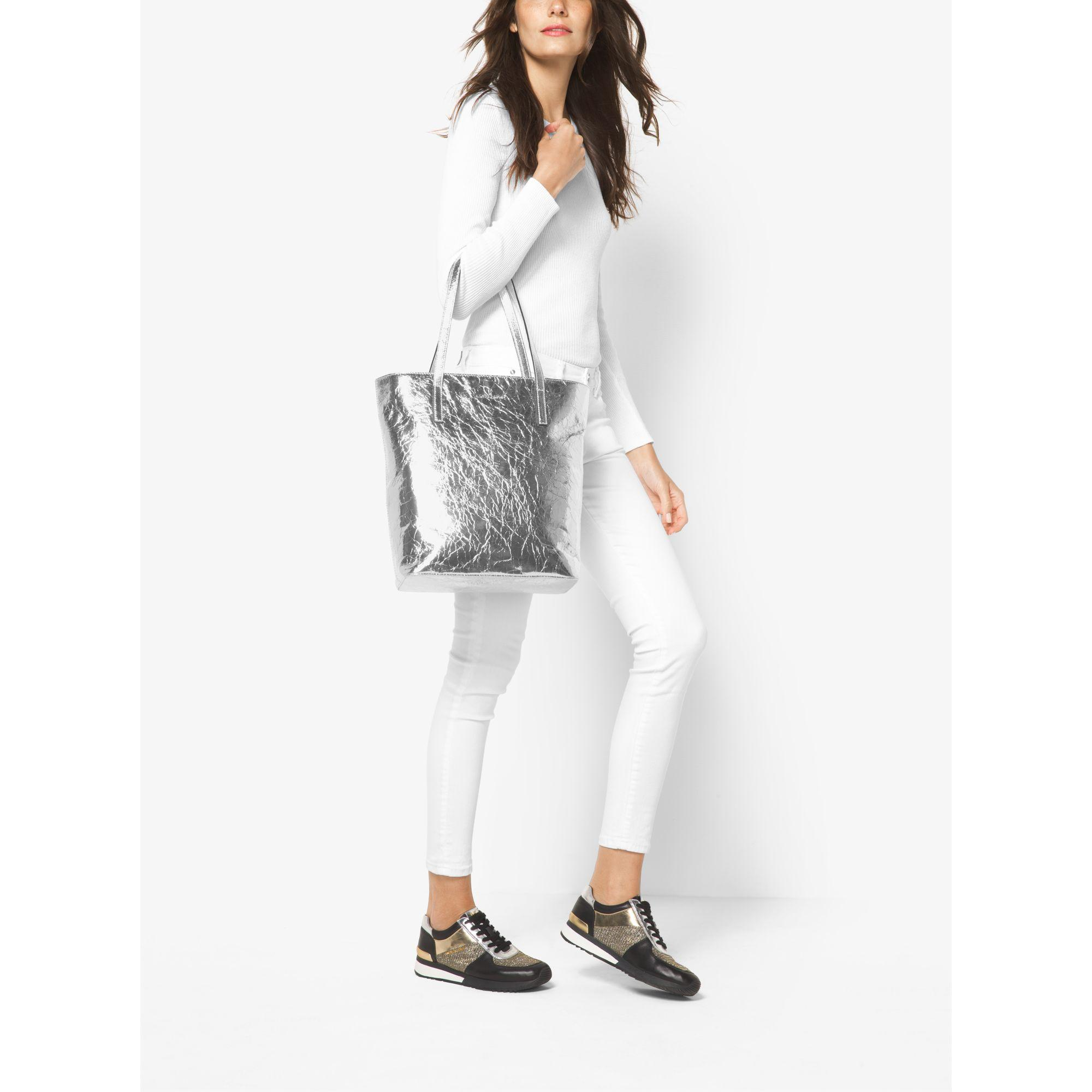 10485e153972 Michael Kors Emry Large Crinkled-leather Tote Bag in Metallic - Lyst