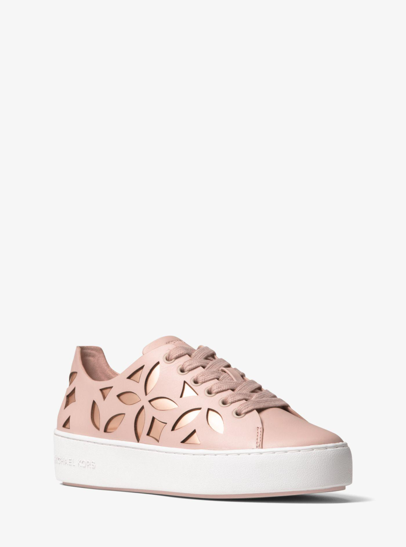 Mimi Metallic Laser Perforated Trainer Sneakers FVcS83yy