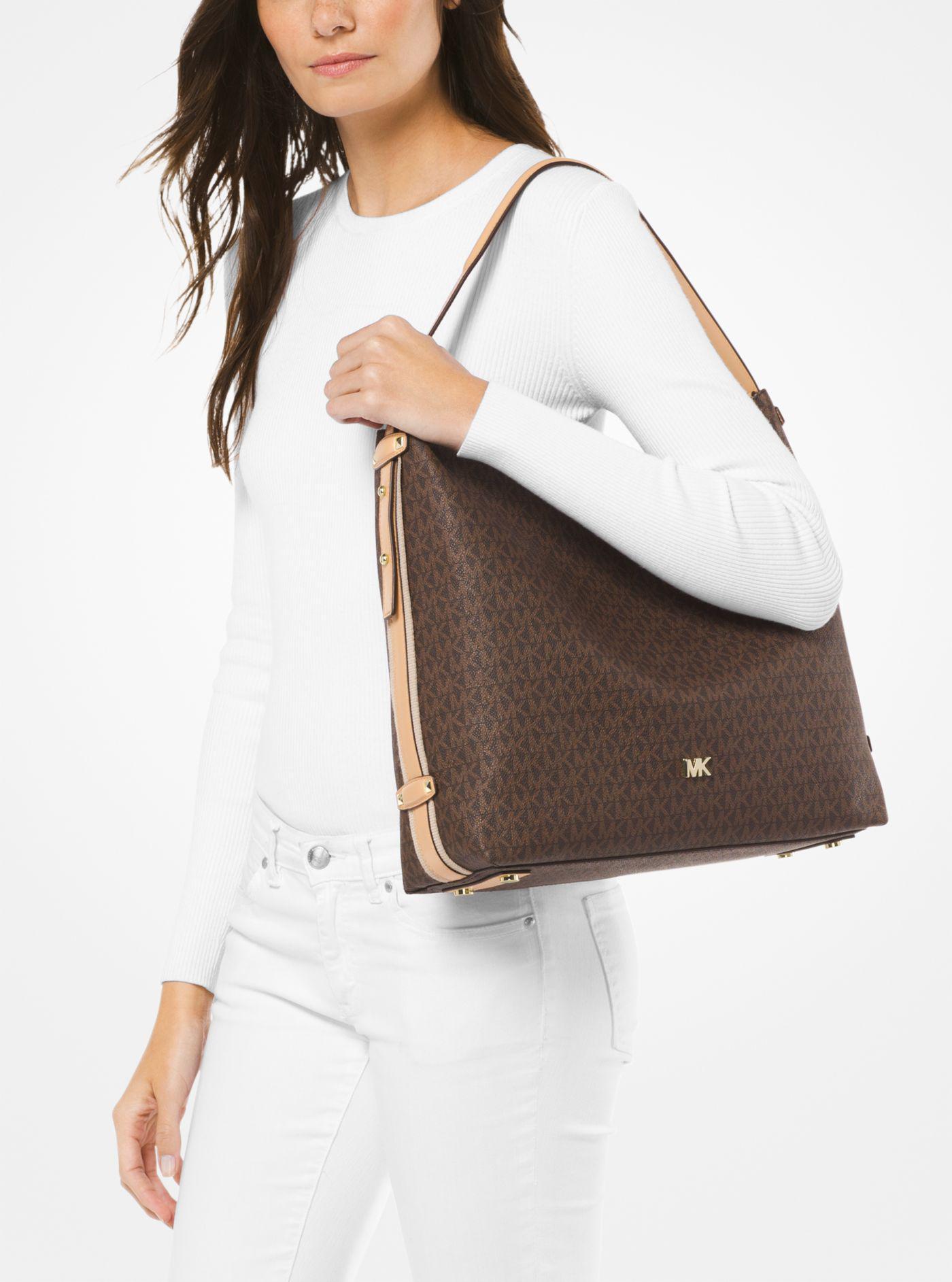 0187df40e336 Michael Kors Griffin Large Logo Shoulder Bag - Lyst