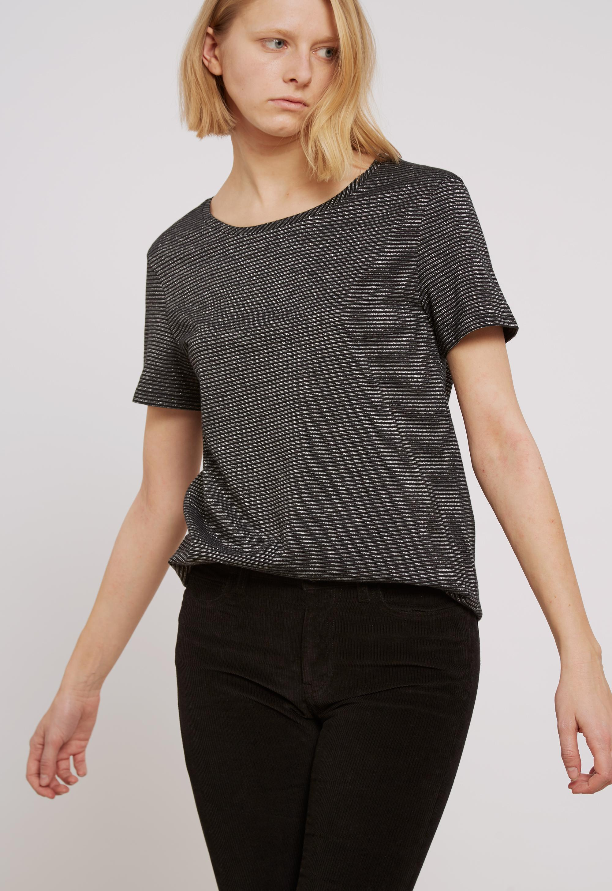 Lyst mih jeans nora tee in black for Silver jeans t shirts