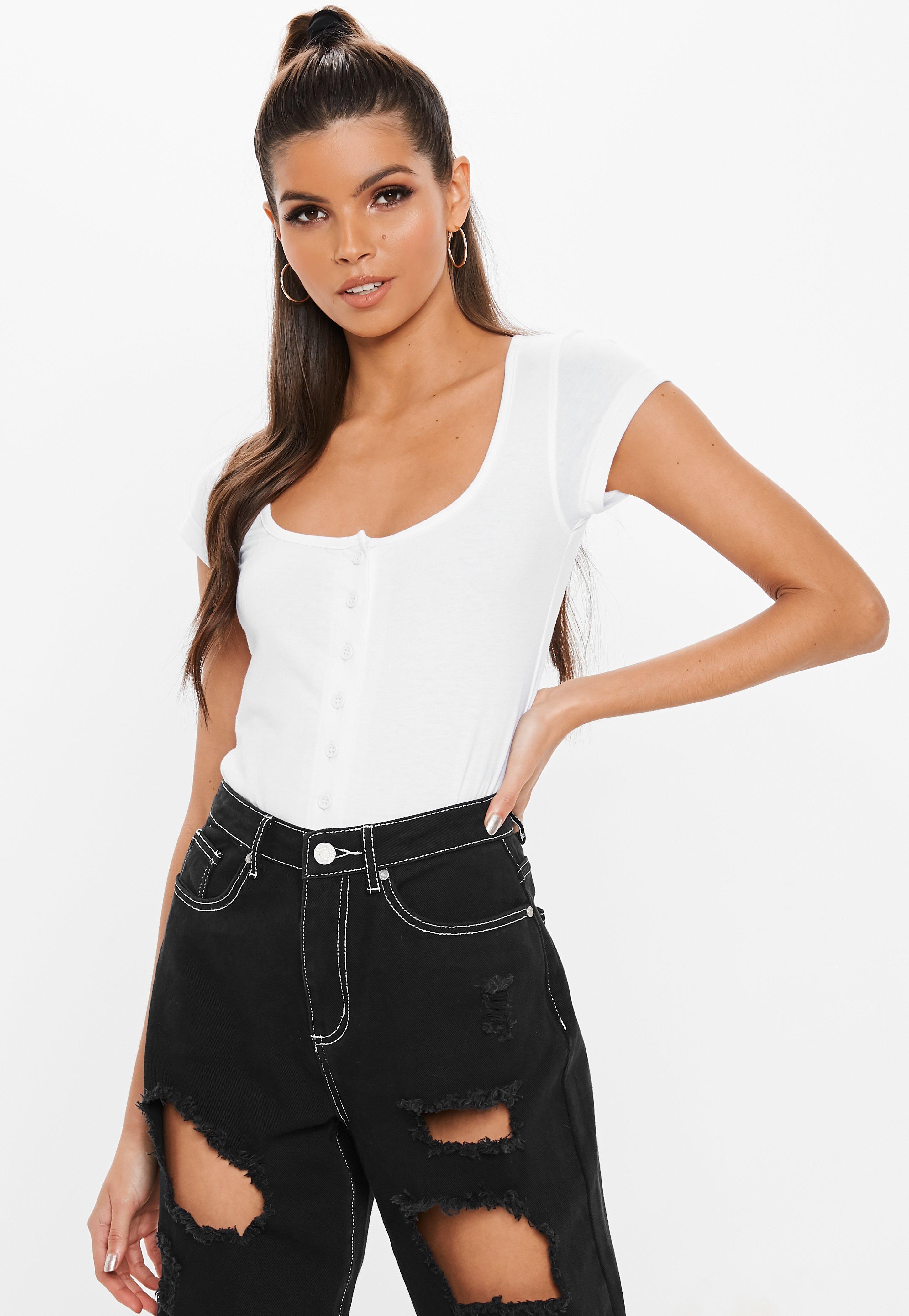 9e7b41cbb577b1 Lyst - Missguided White Square Neck Button Front Bodysuit in White
