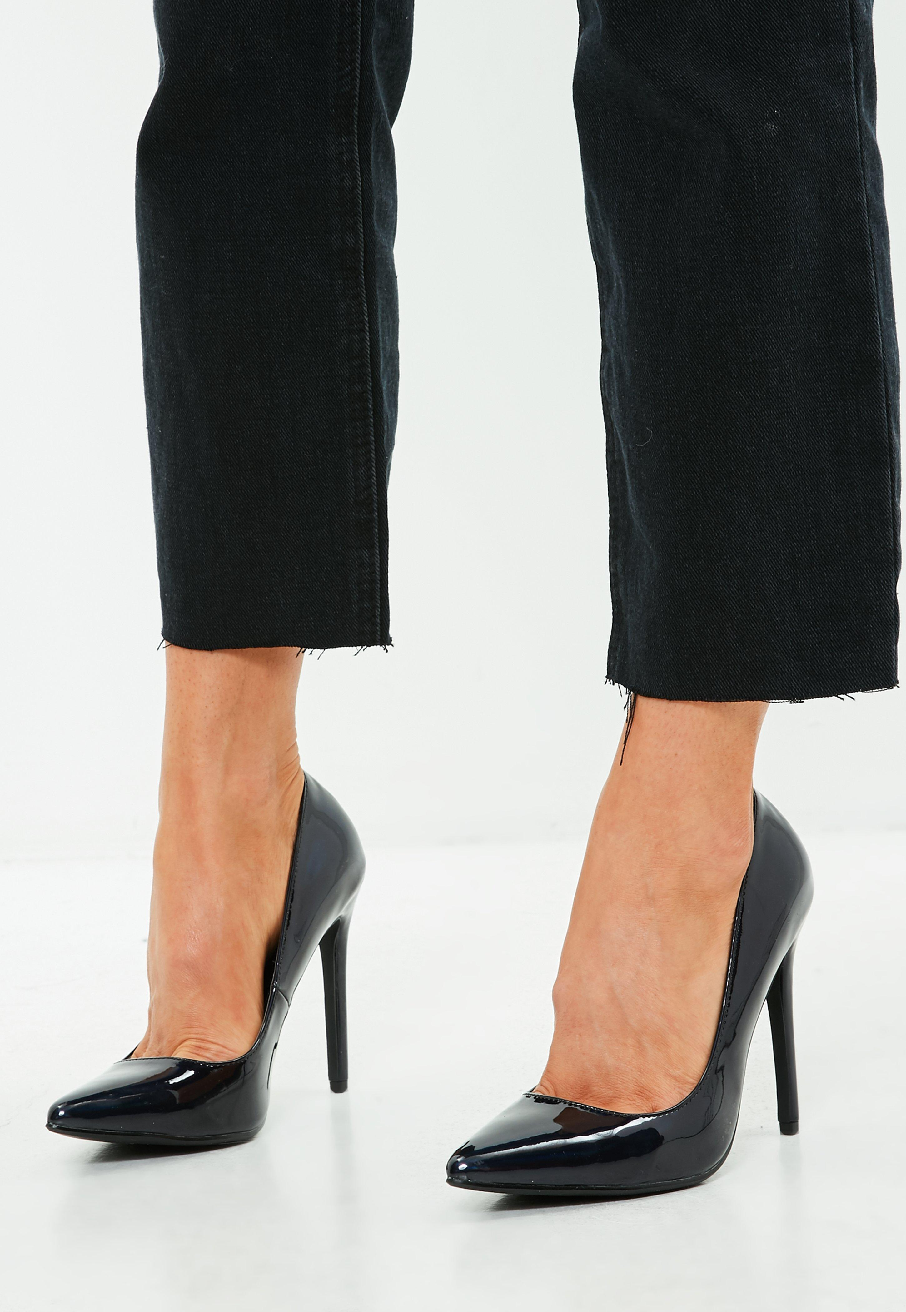 Patent Pointed Heels Court Shoe - Black Missguided X6M1W