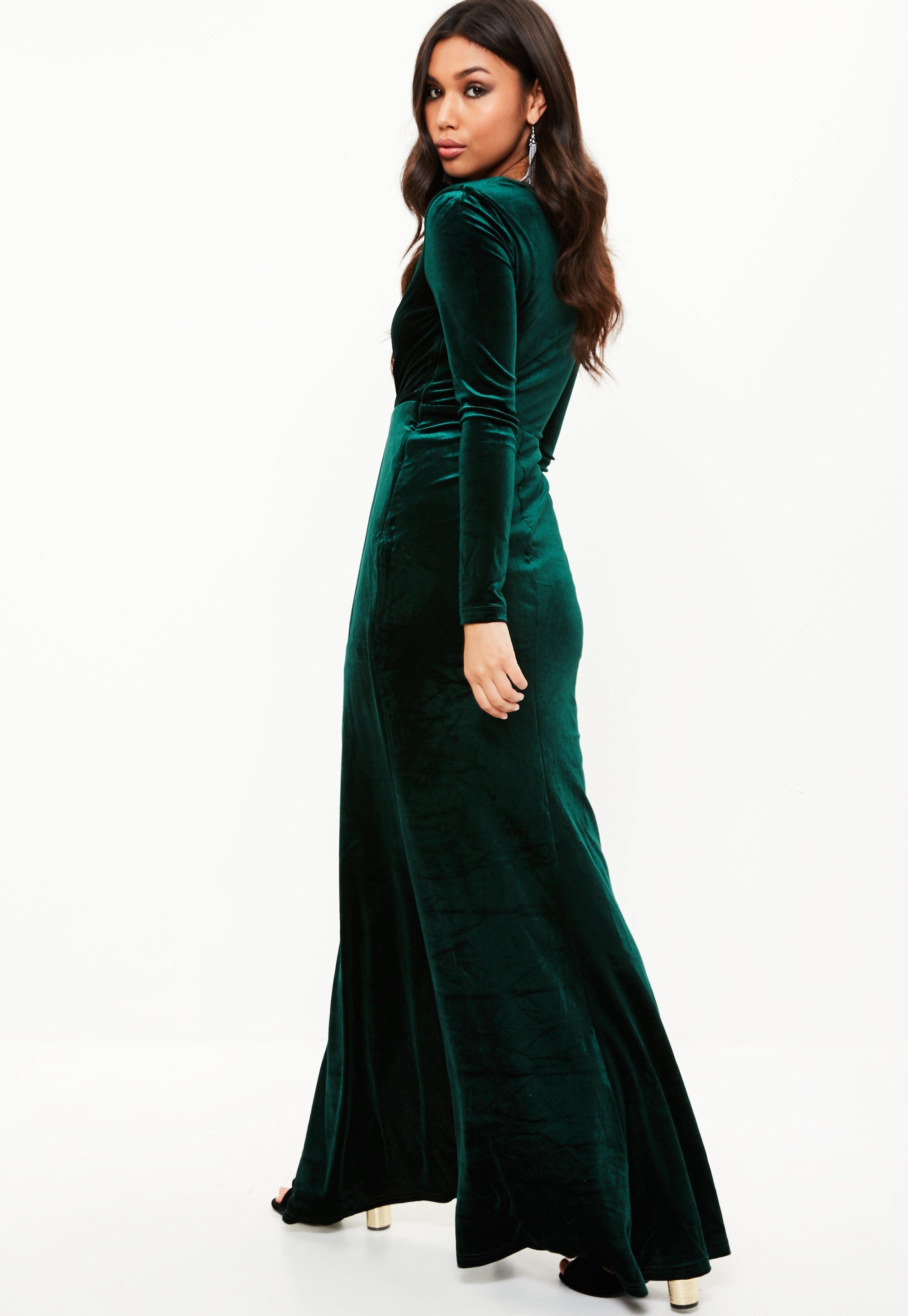 531d5f28cc Lyst - Missguided Green Velvet Plunge Long Sleeve Maxi Dress in Green