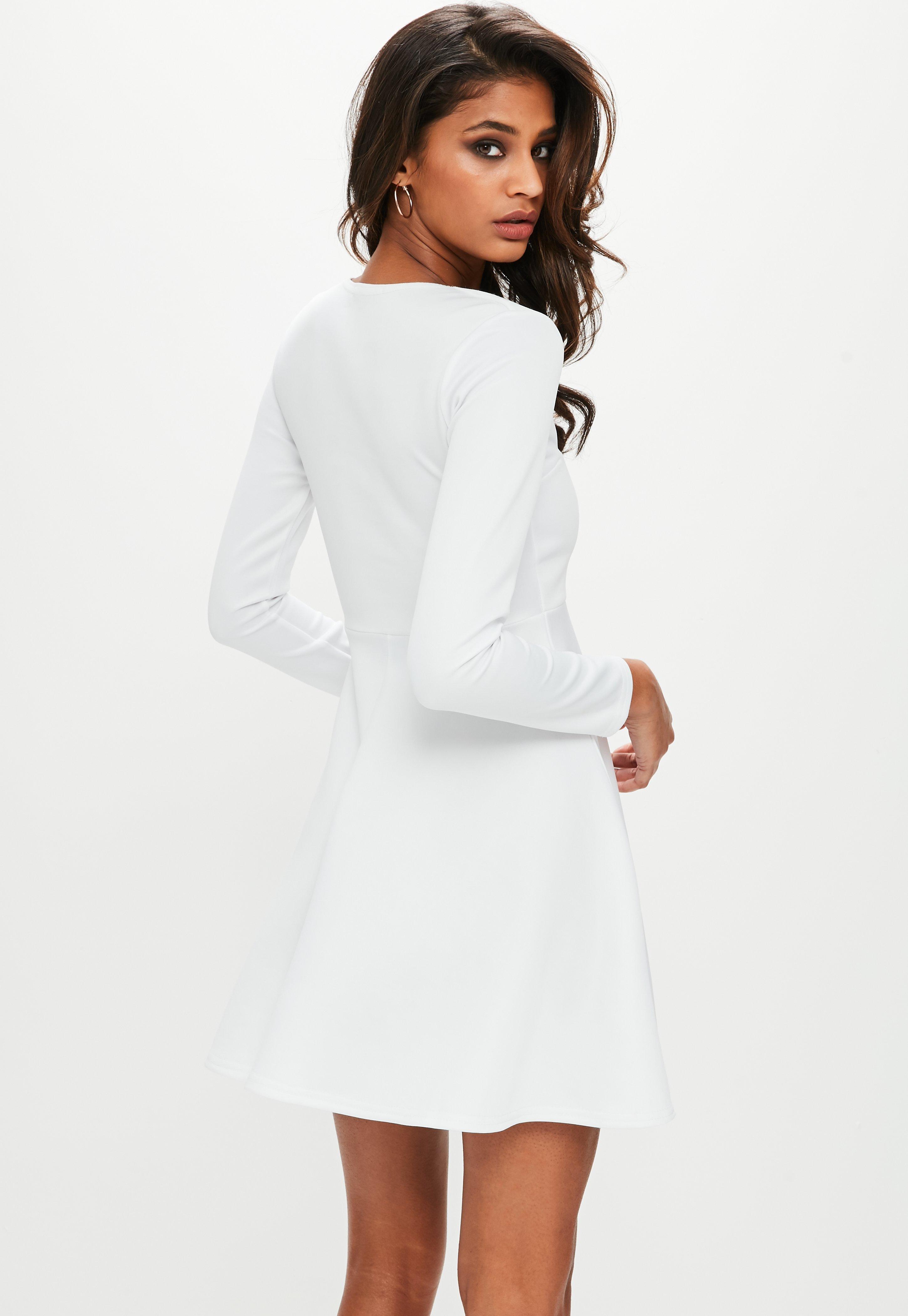 9ff4ca316d6c Missguided White Scuba Plunge Long Sleeve Skater Dress in White - Lyst