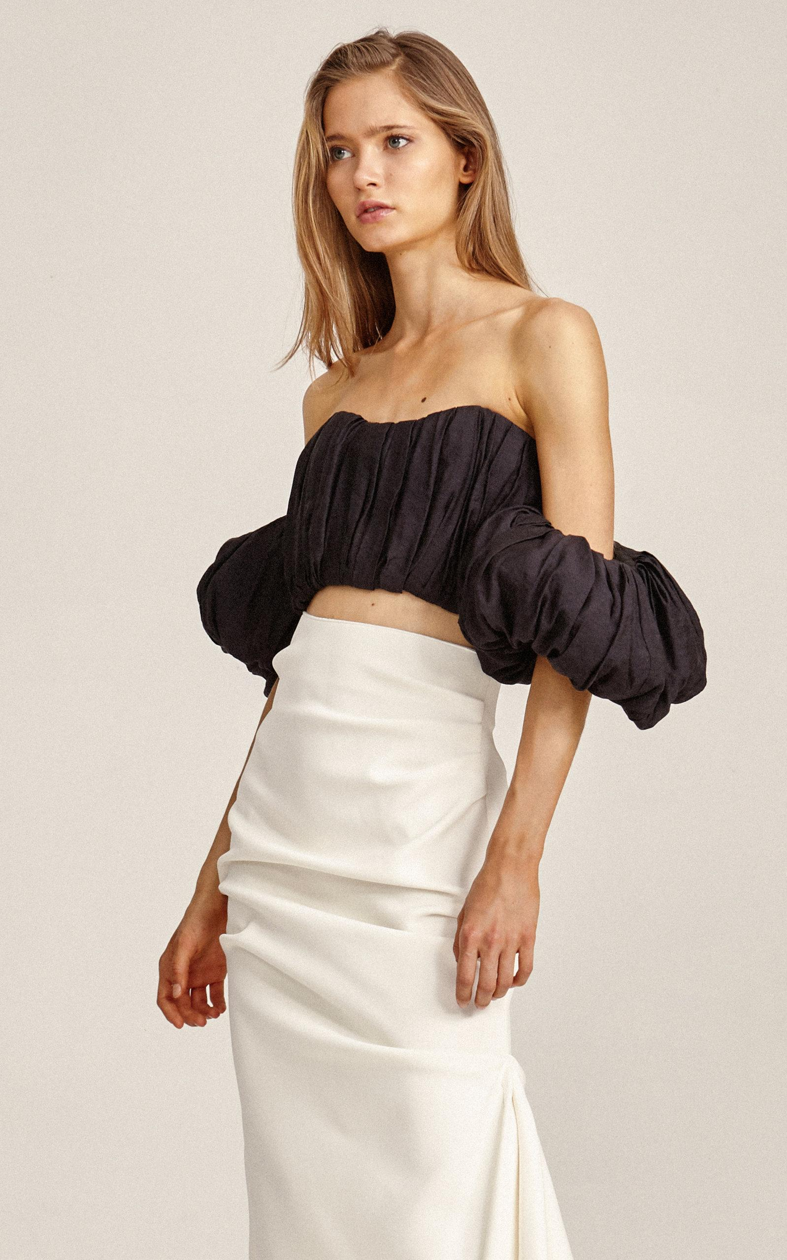 5ab3e64b9b6330 Lyst - Acler Suki Pleated Off-the-shoulder Pleated Bodice in Black