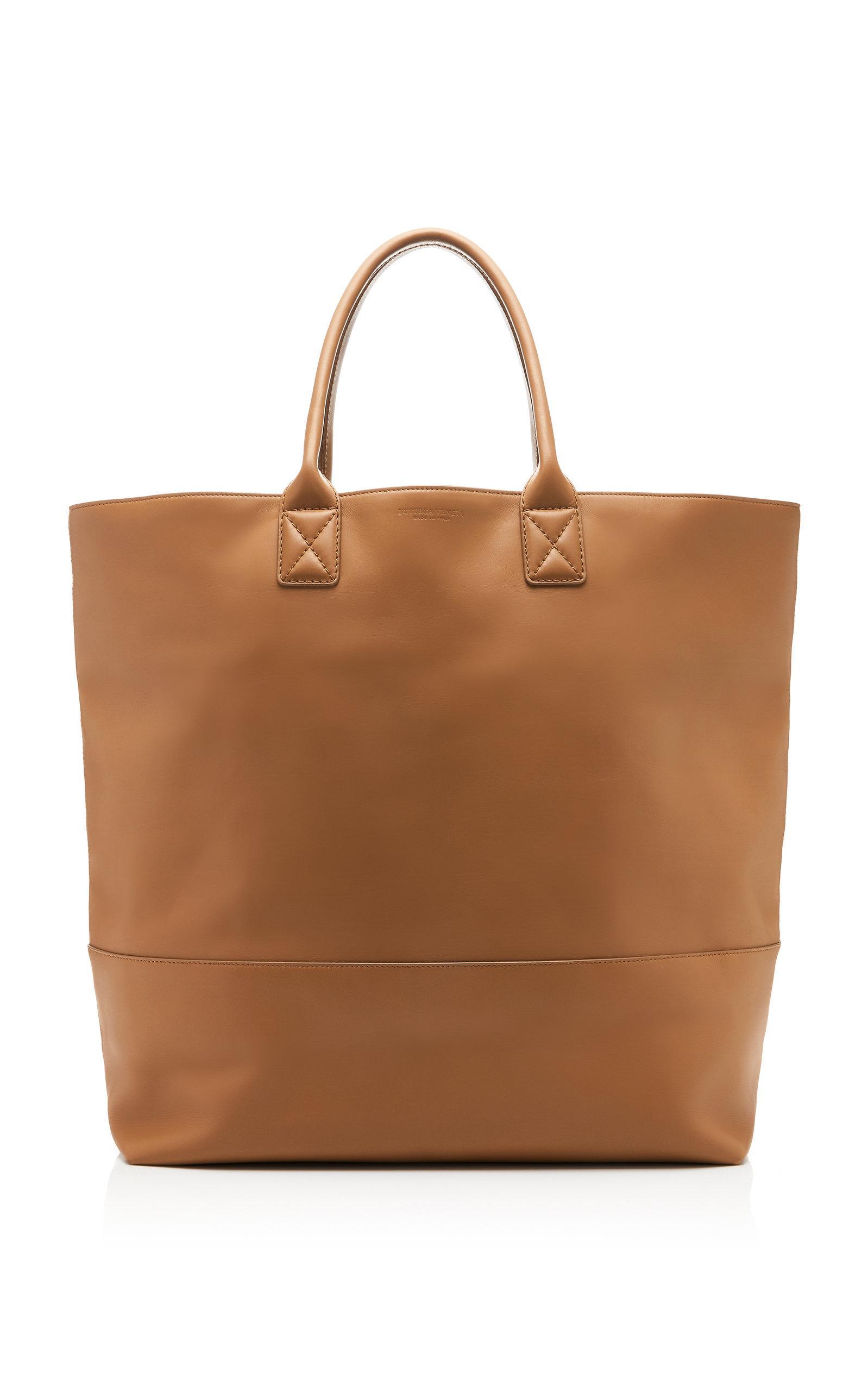 e1c5f7cb851d1 Bottega Veneta Cabat Oversized Leather Tote in Brown - Lyst