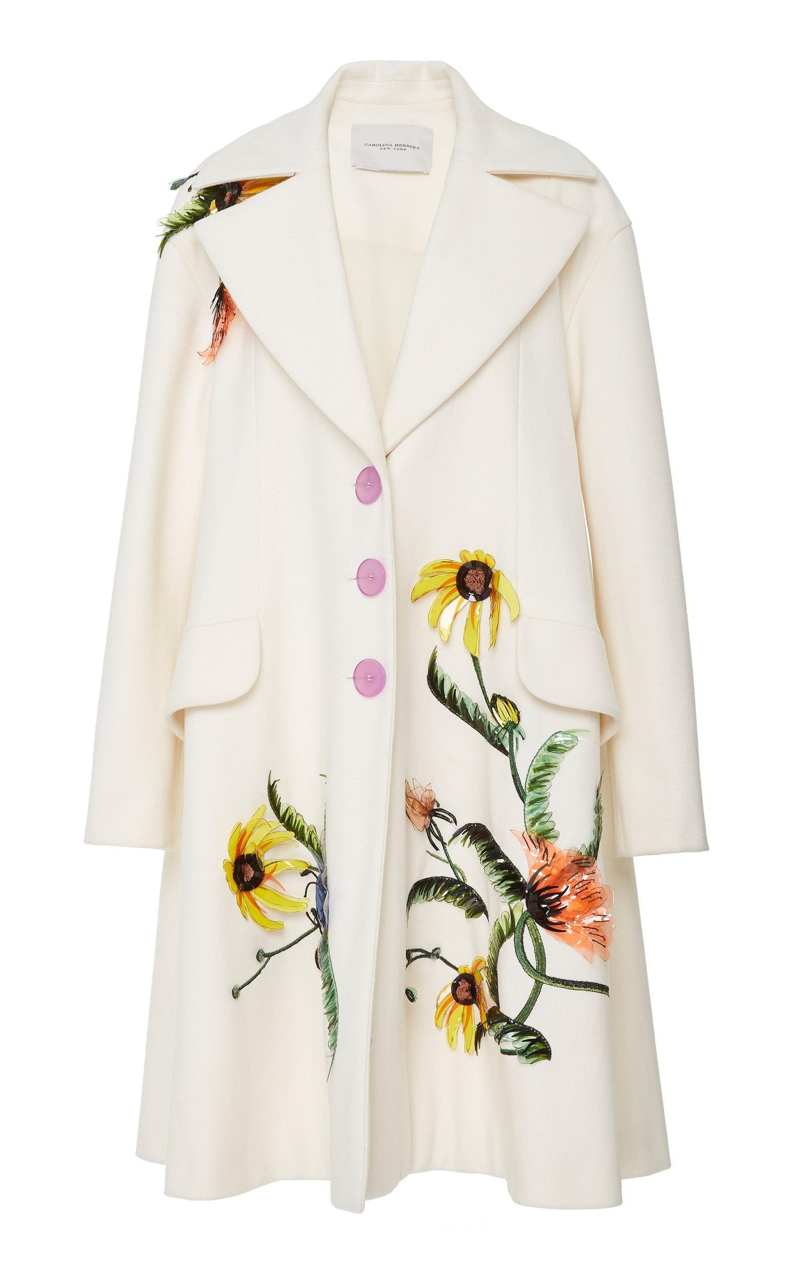 Embroidered Herrera Carolina Button Three Women's White Coat wPwqdrtUF