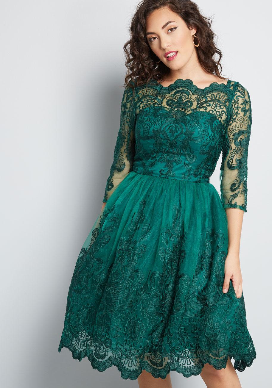 In Green Lace London Gilded Chi Grace Dress Lyst 7gyYfb6