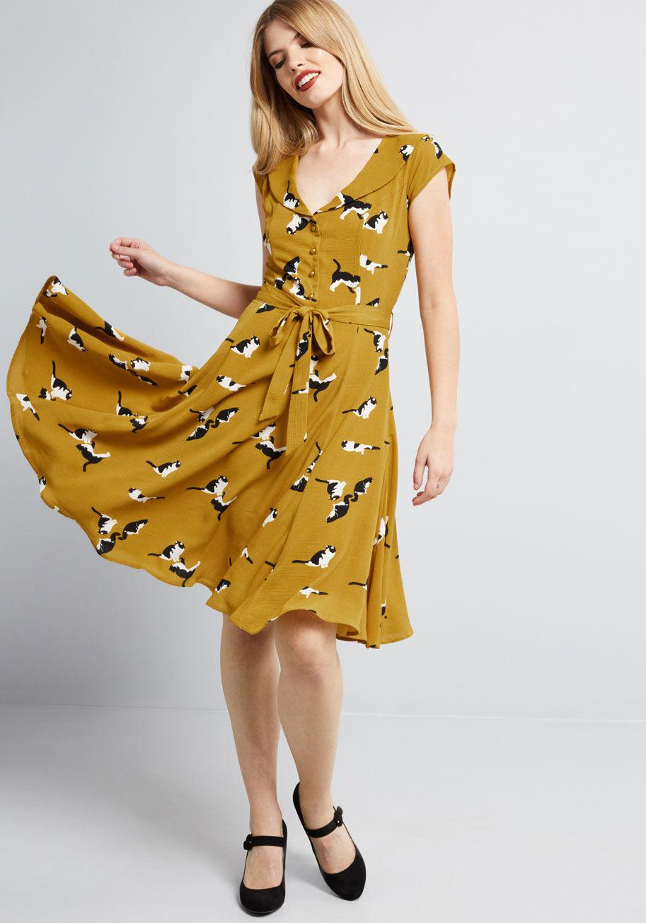 2d52d3527ab5 Collectif Originally Offbeat A-line Dress in Yellow - Lyst