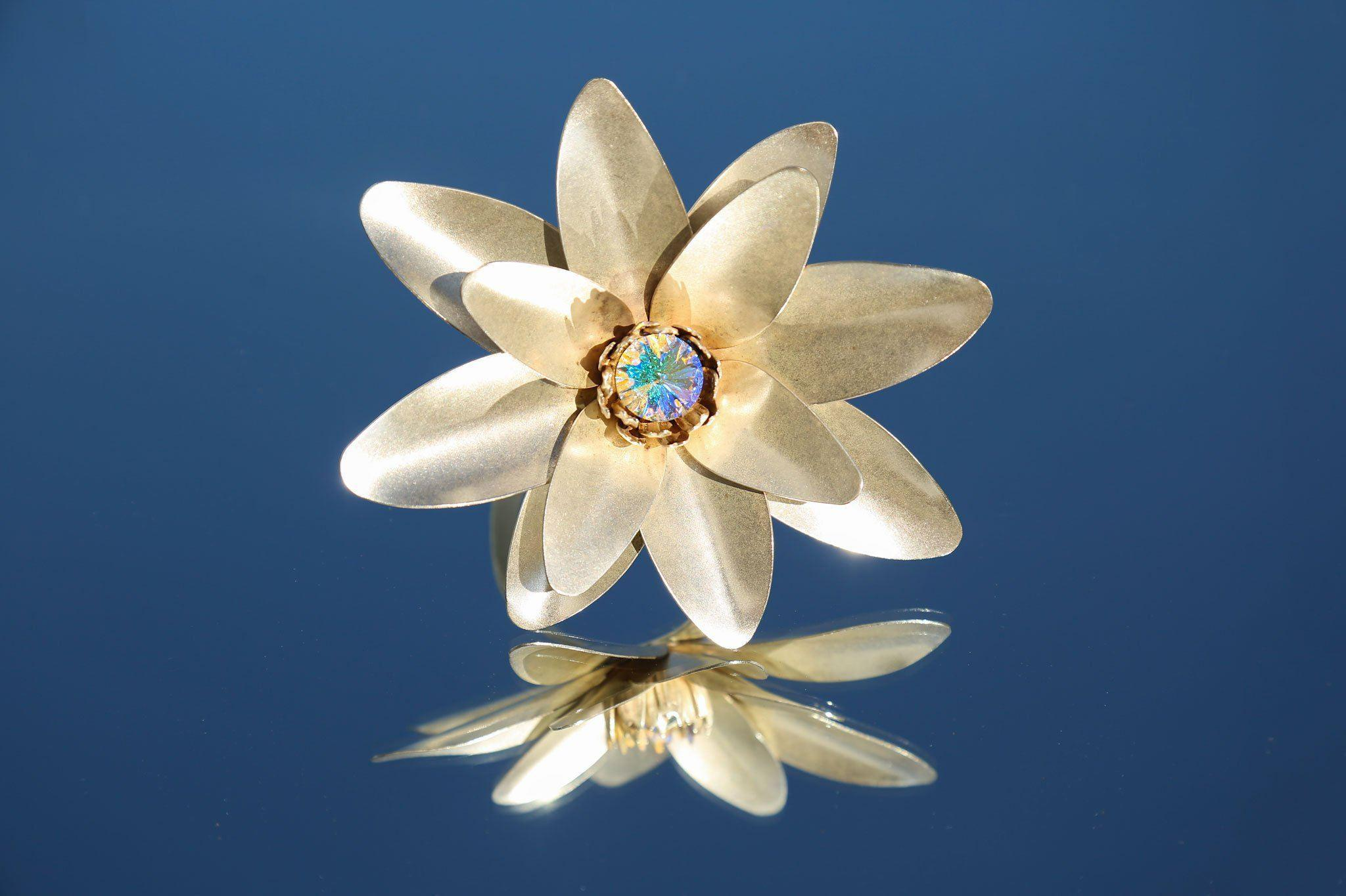 Lyst Rodarte Lotus Flower Arm Cuff With Swarovski Crystal Detail