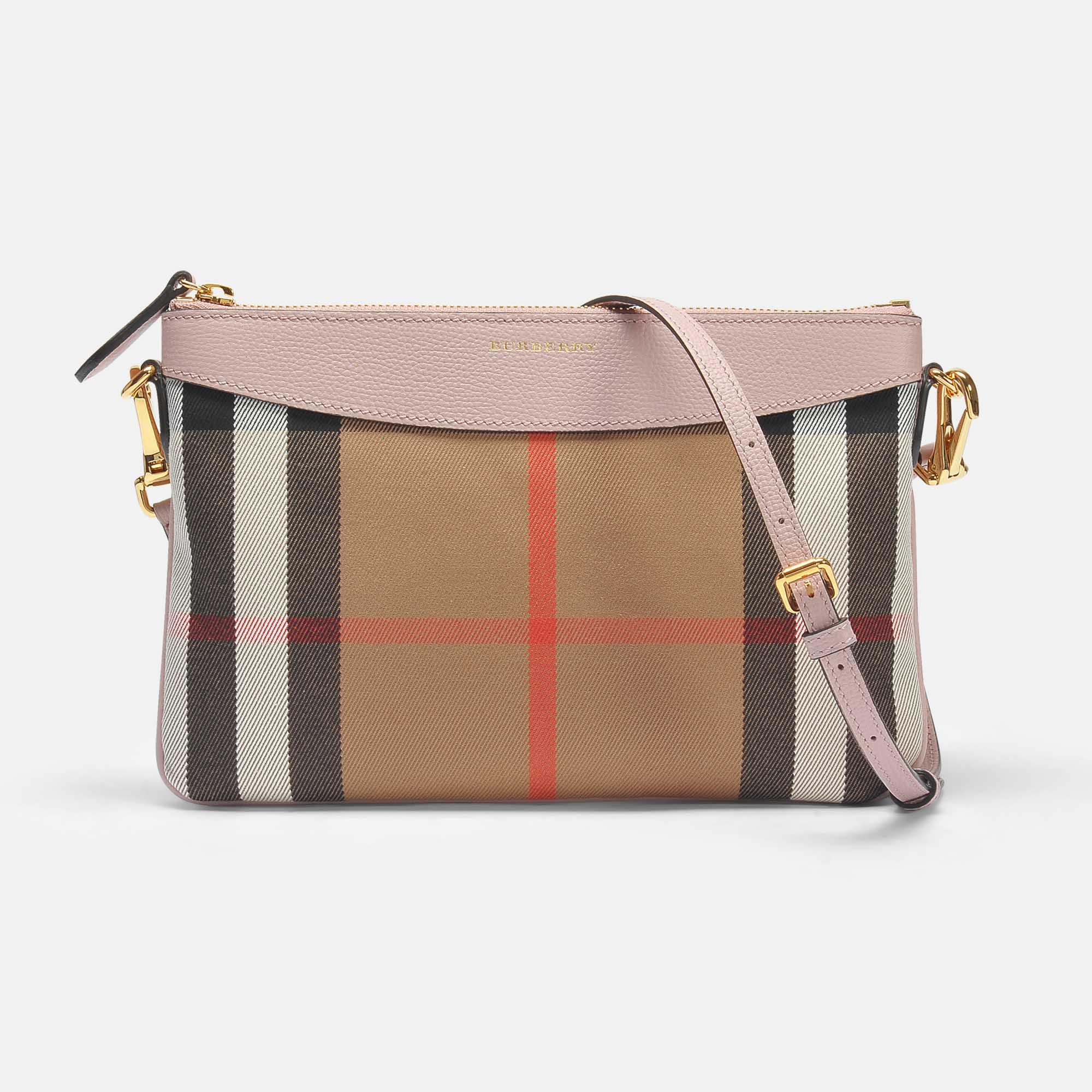 Peyton Pouch Bag in Black Grained Calfskin Burberry Manchester Great Sale Cheap Price Buy Cheap Clearance Store 100% Guaranteed For Sale Clearance Good Selling Discount Get Authentic TvQf5su0Pu