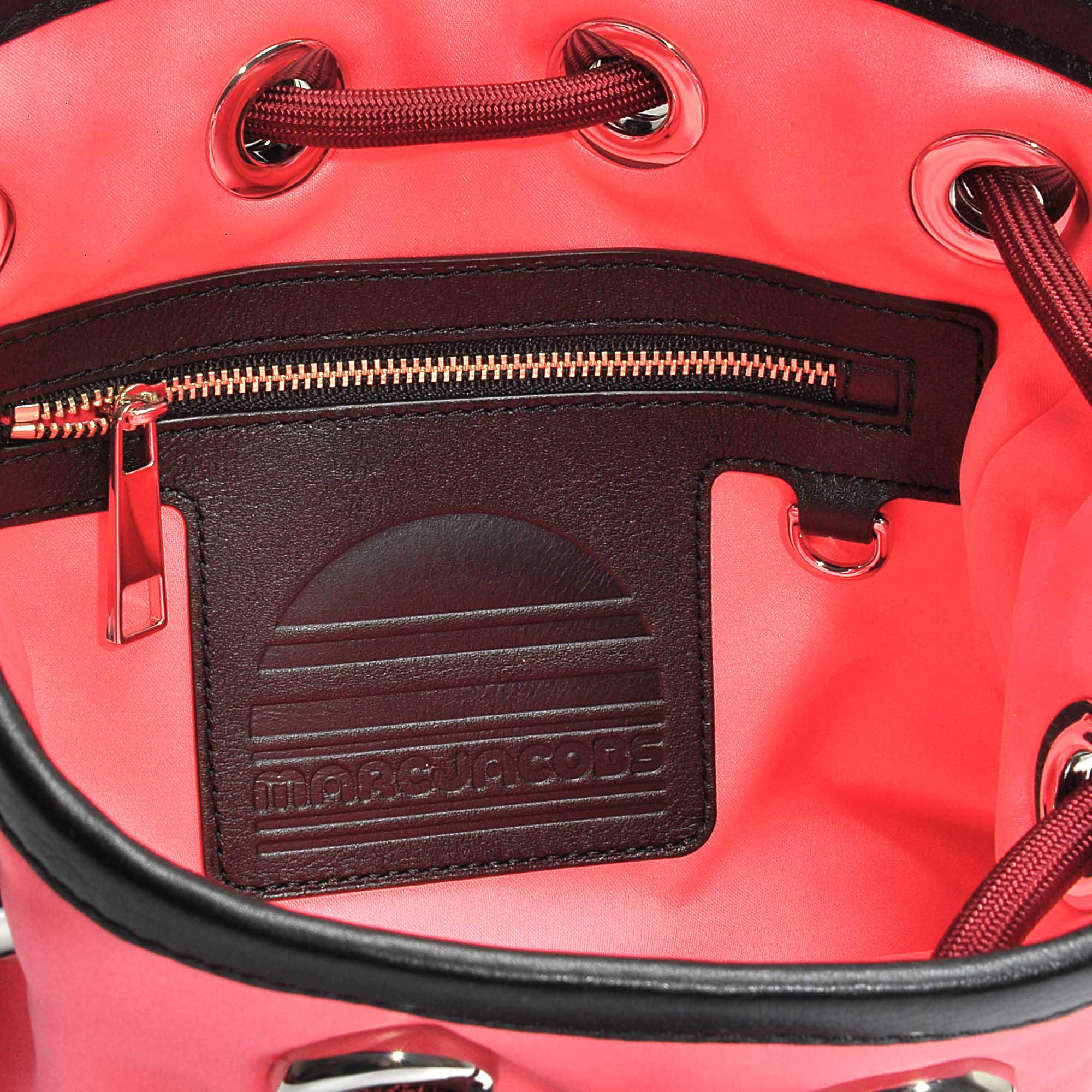 Small Sport Sling Bag in Coral Polyester Marc Jacobs xCpZ8LW