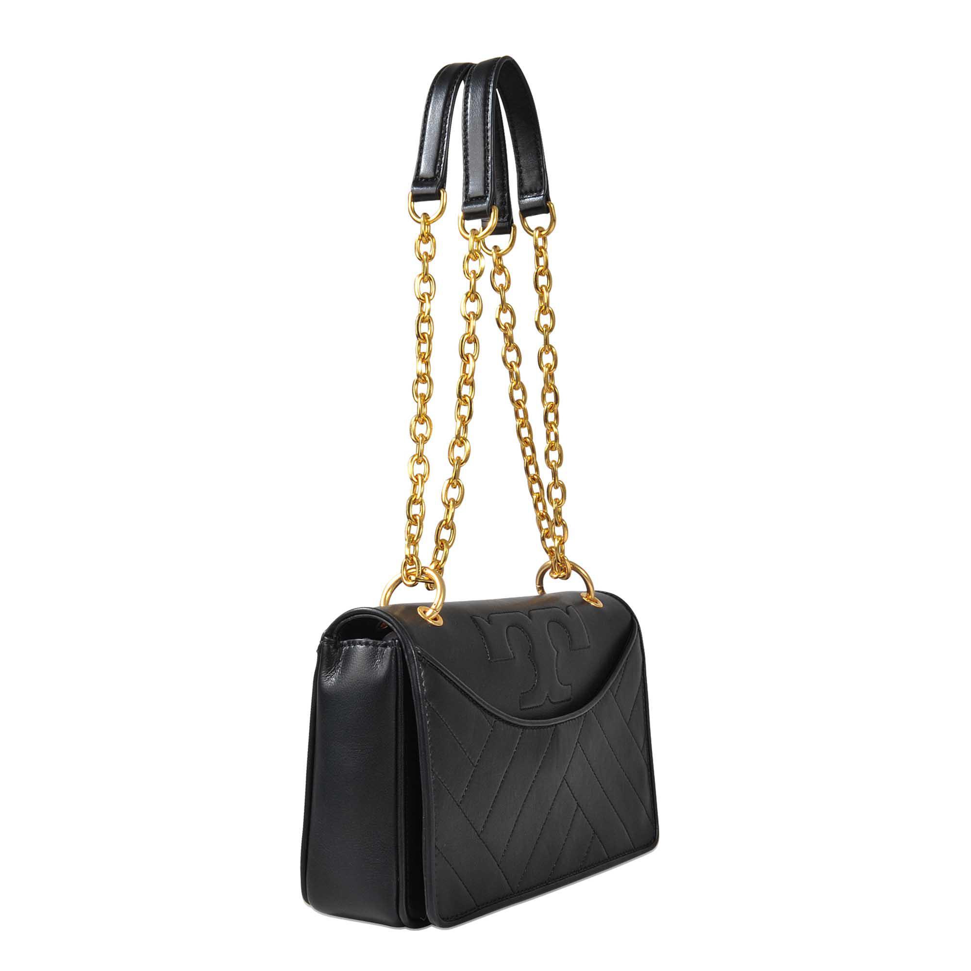 b53205064e Tory Burch Alexa Convertible Shoulder Bag in Black - Lyst