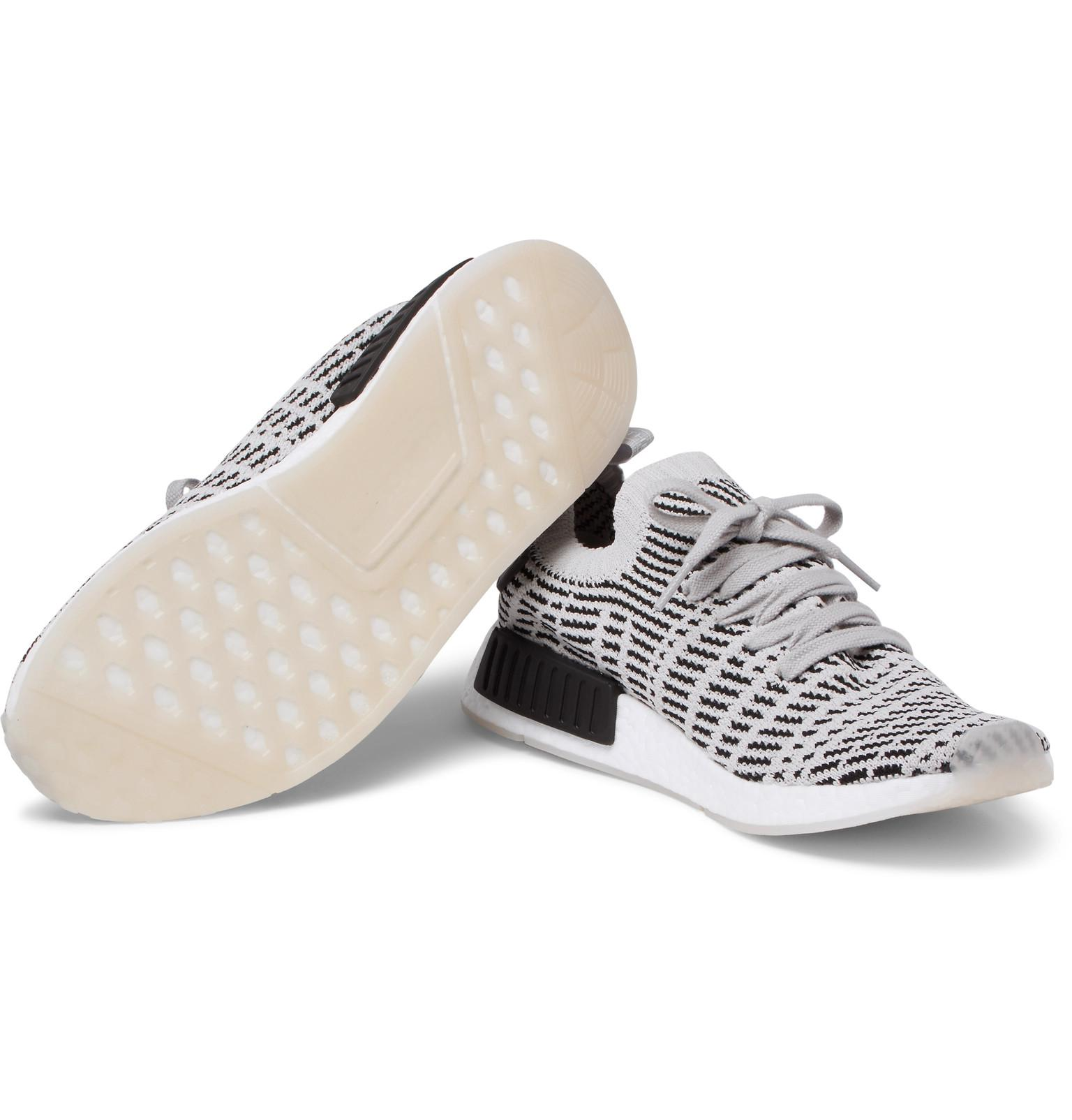 more photos c120e 9bcc1 Lyst - adidas Originals Nmd R1 Stealth Primeknit Sneakers in