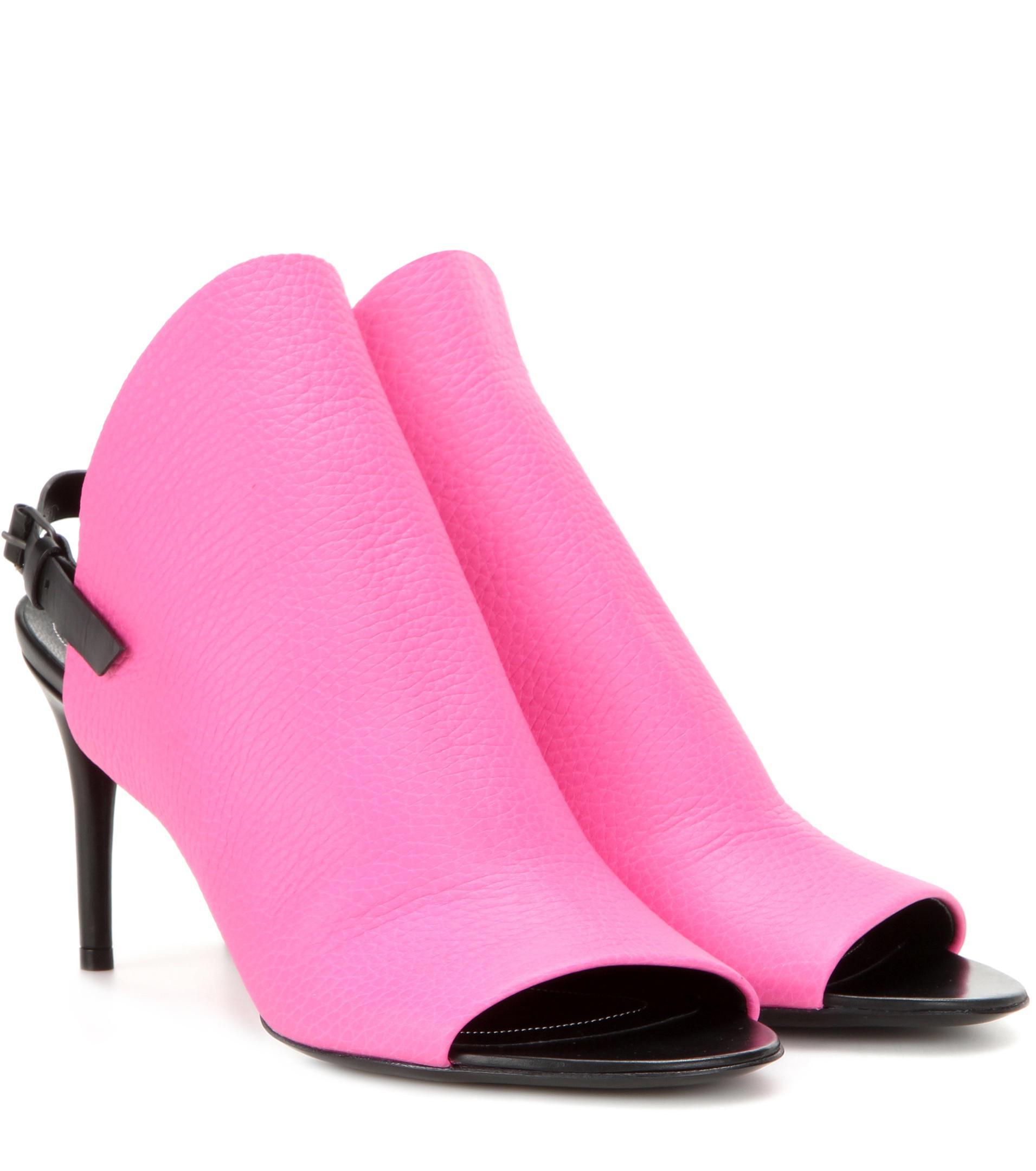 Balenciaga Clew leather sandals VIXlEu1TAW