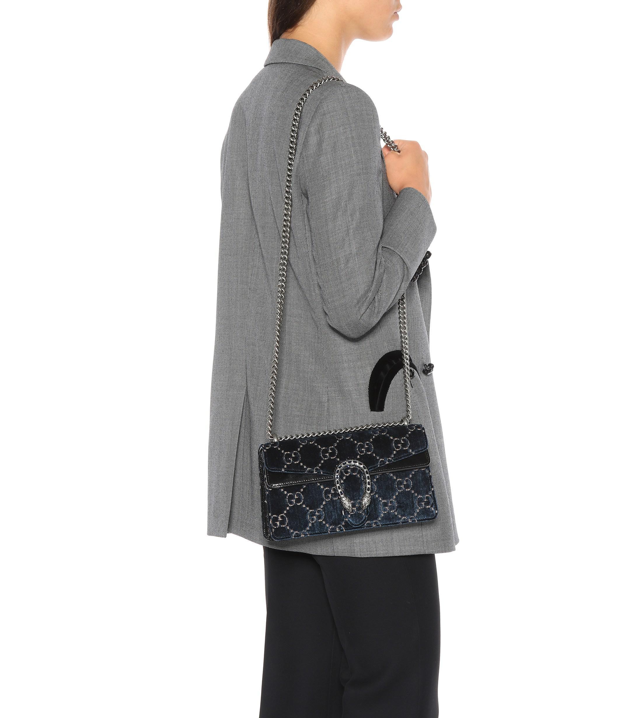 c60e2ba8e5d1 Gucci Dionysus GG Small Velvet Shoulder Bag in Blue - Lyst