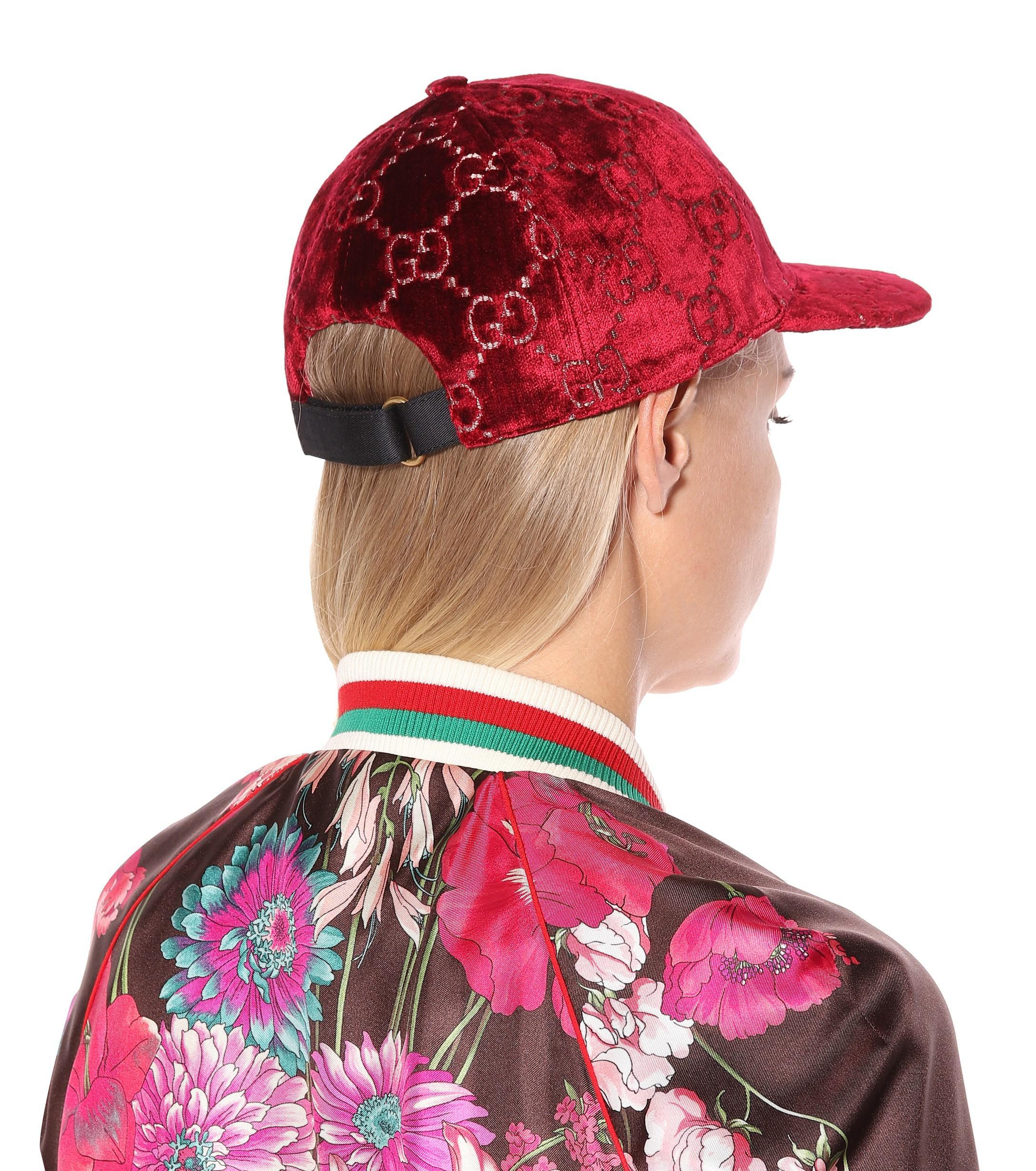 a0e1ec55c7e Gucci - Red GG Velvet Cap - Lyst. View fullscreen