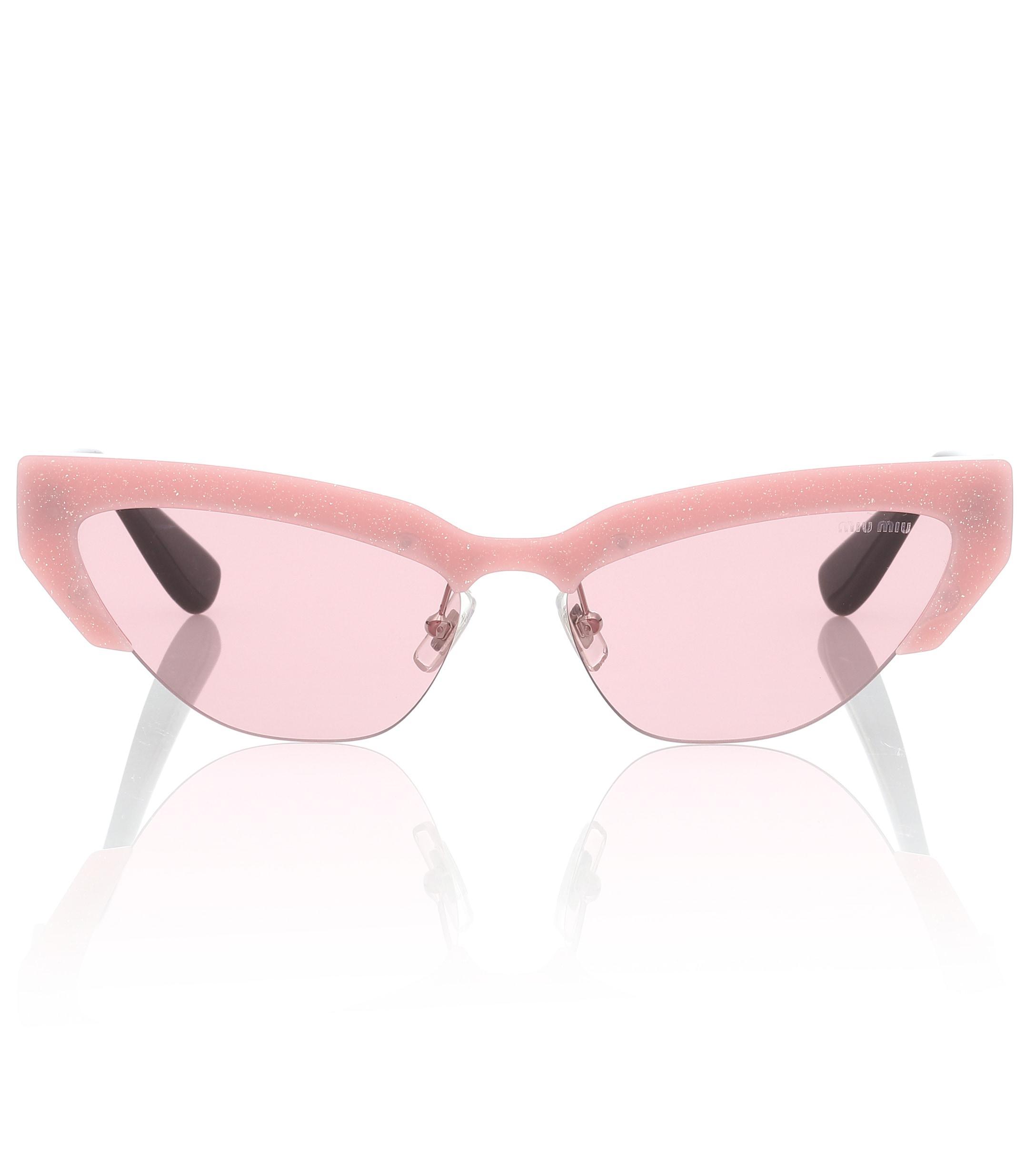 Miu Miu. Gafas de sol cat-eye de mujer de color rosa 1d5e3a5661