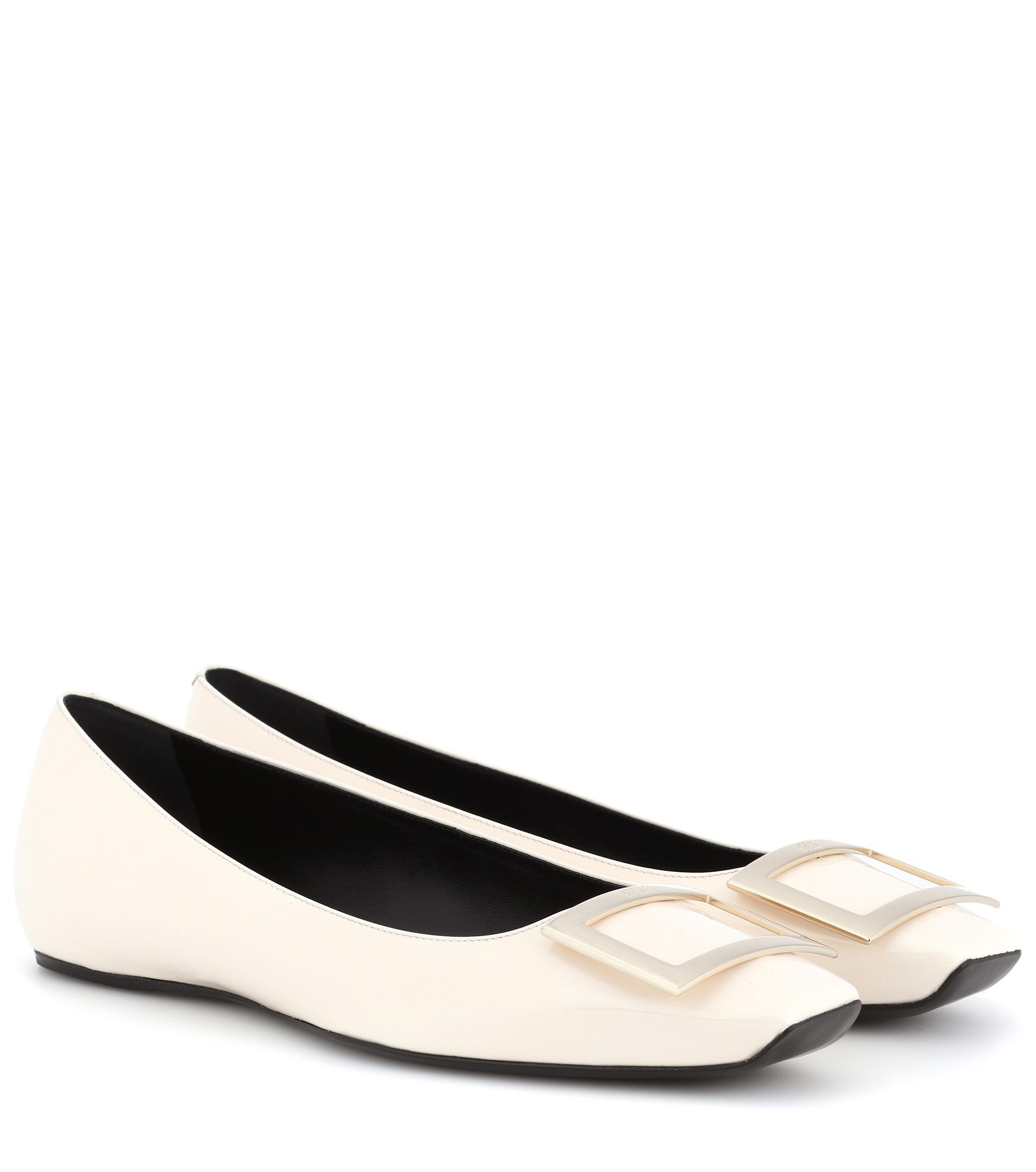 Roger Vivier. Women's White Trompette Patent Leather Ballerinas
