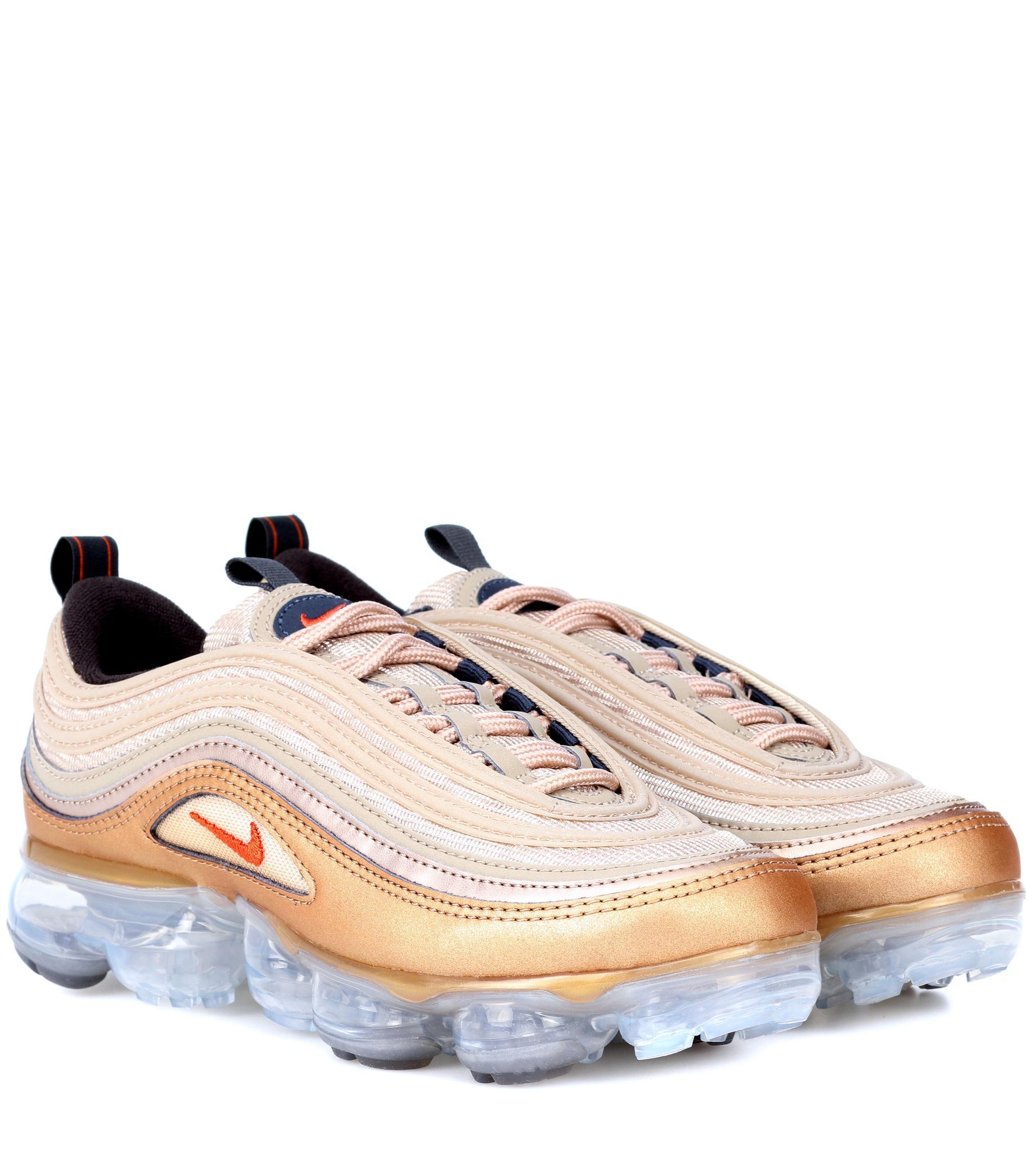 Nike Air Vapormax 97 Sneakers in Metallic - Lyst 7504ca3af
