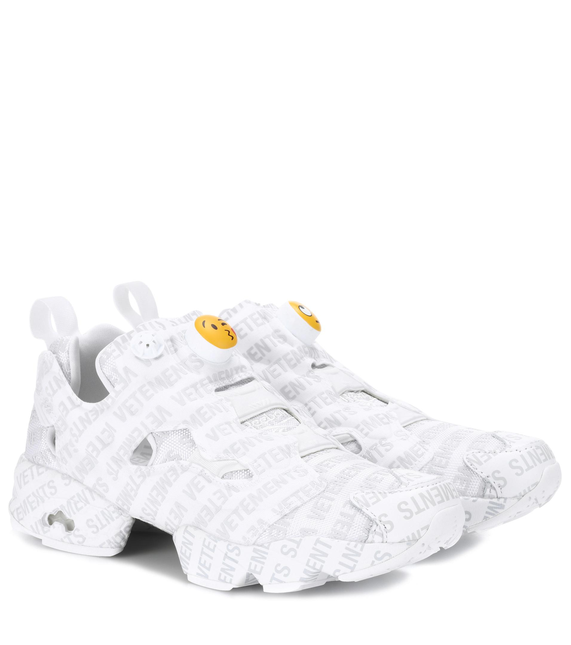 Sophia Webster White Reebok Classics Edition Logo Emoji Instapump Fury Sneakers h3aAz