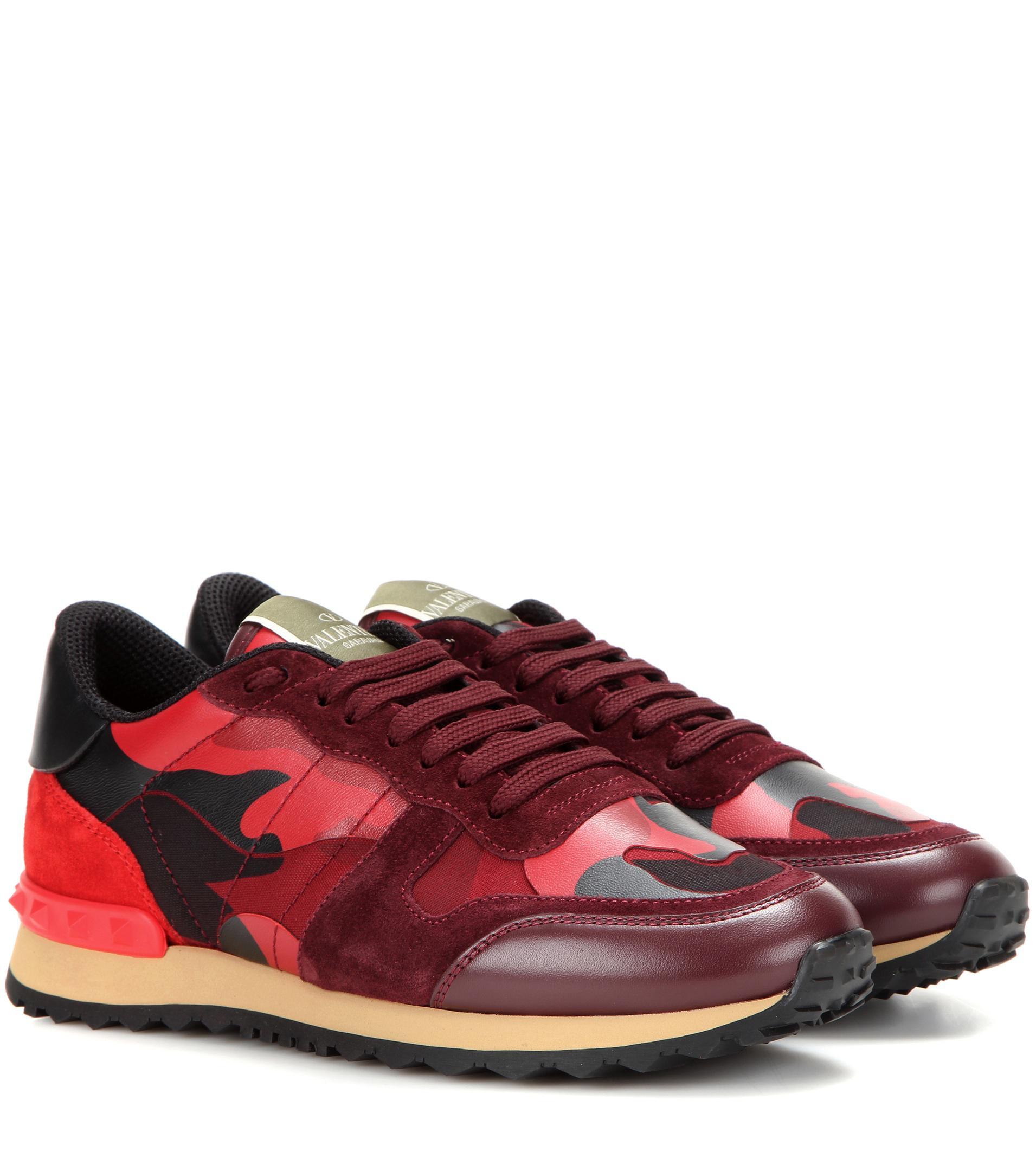 lyst valentino garavani rockrunner leather sneakers in red save 3. Black Bedroom Furniture Sets. Home Design Ideas