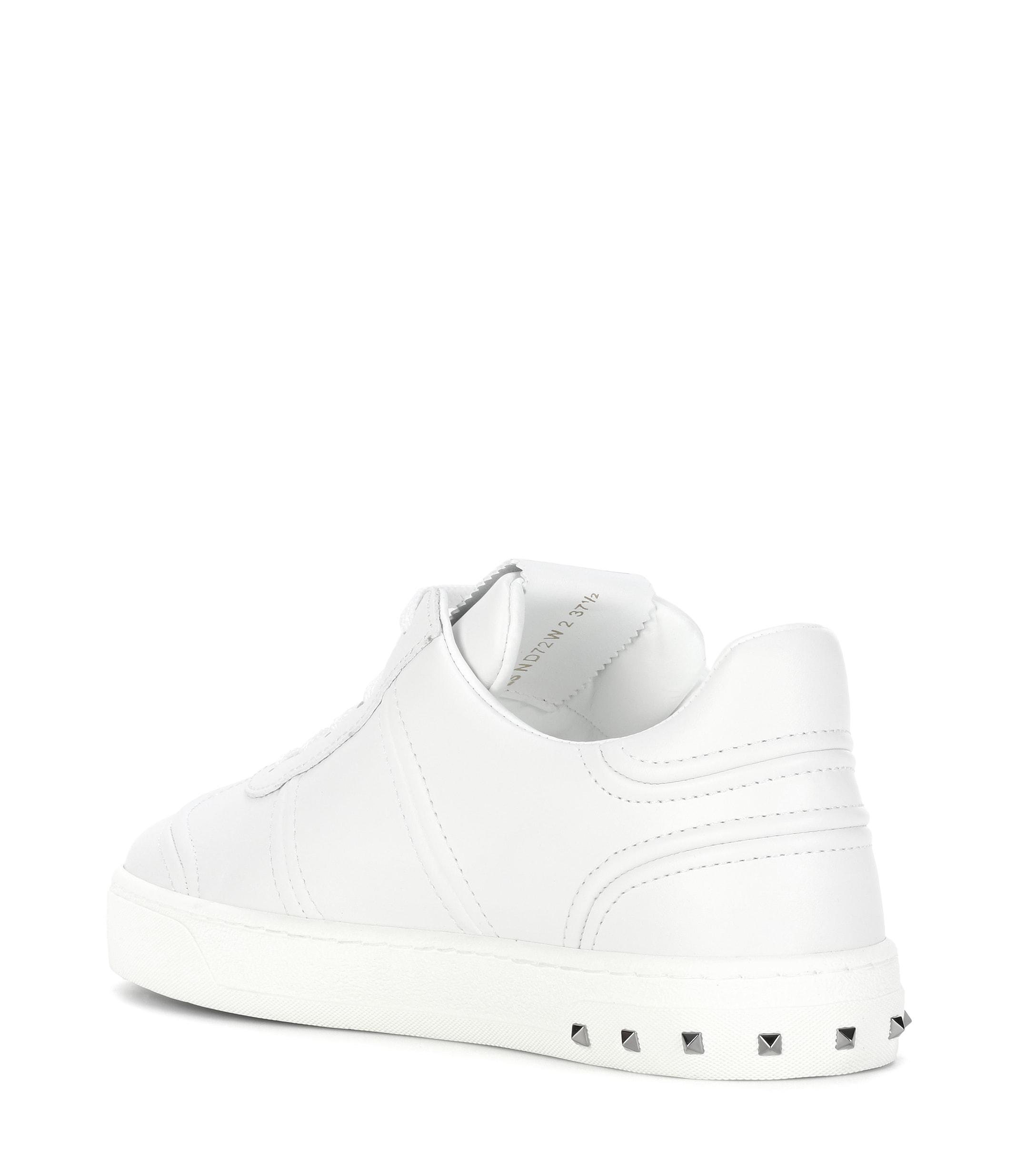87393039135 Lyst - Valentino Soul Rockstud Leather Sneakers in White