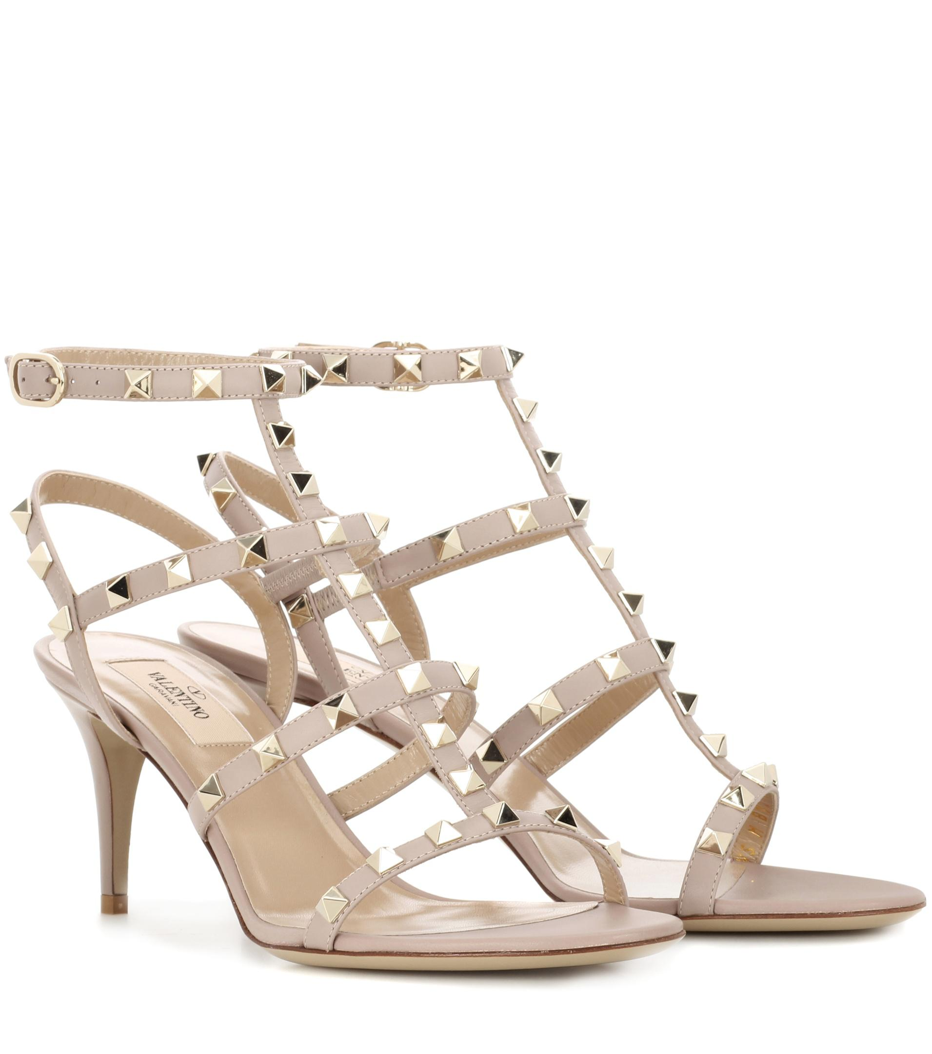 de86ba9a9739 Lyst - Valentino Garavani Rockstud Leather Sandals in Gray